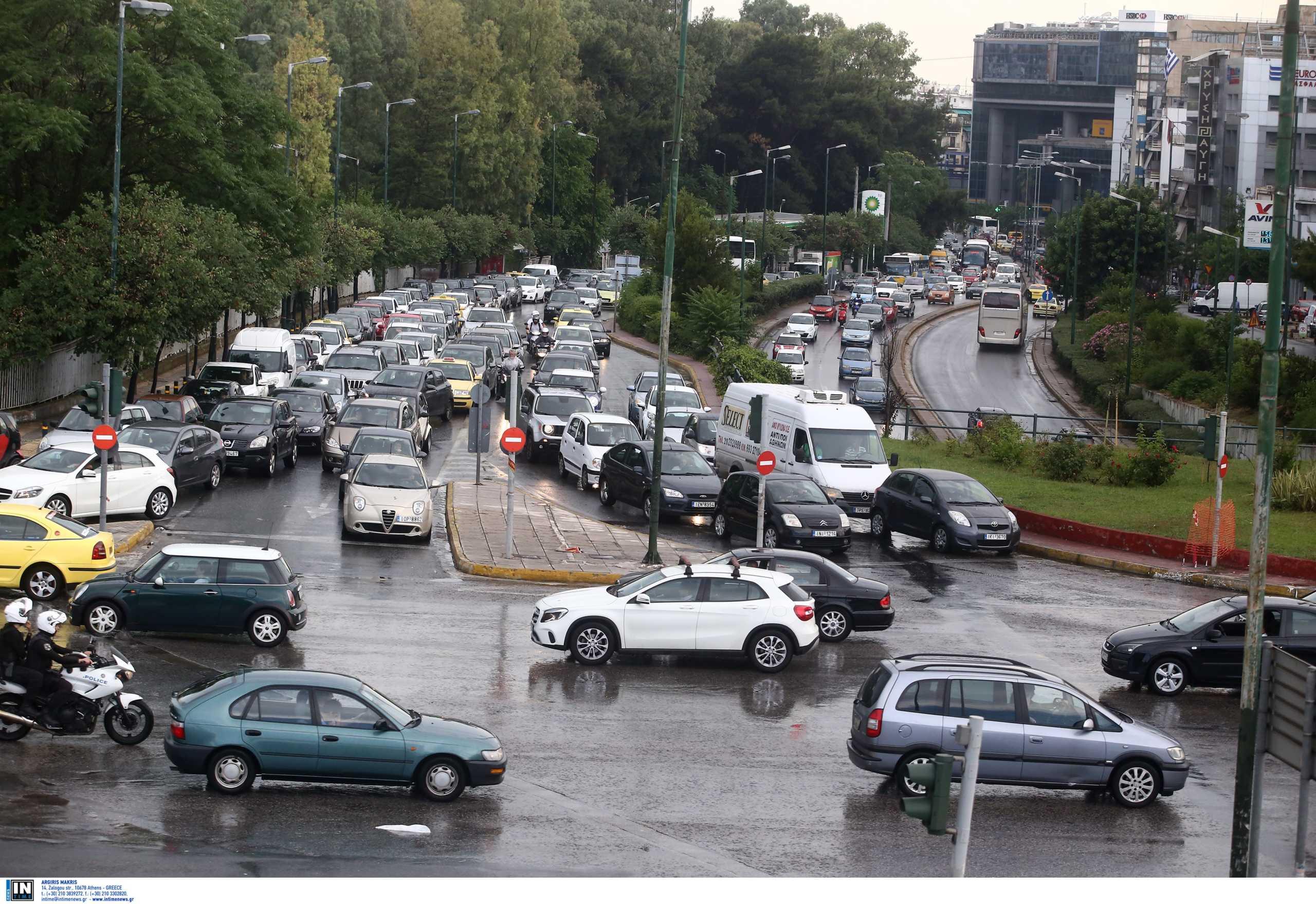 Κλειστοί δρόμοι λόγω της κακοκαιρίας στη Ραφήνα