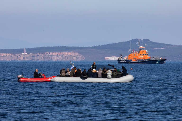 Frontex: Δεν τεκμηριώνονται οι καταγγελίες για pushbacks μεταναστών από την Ελλάδα