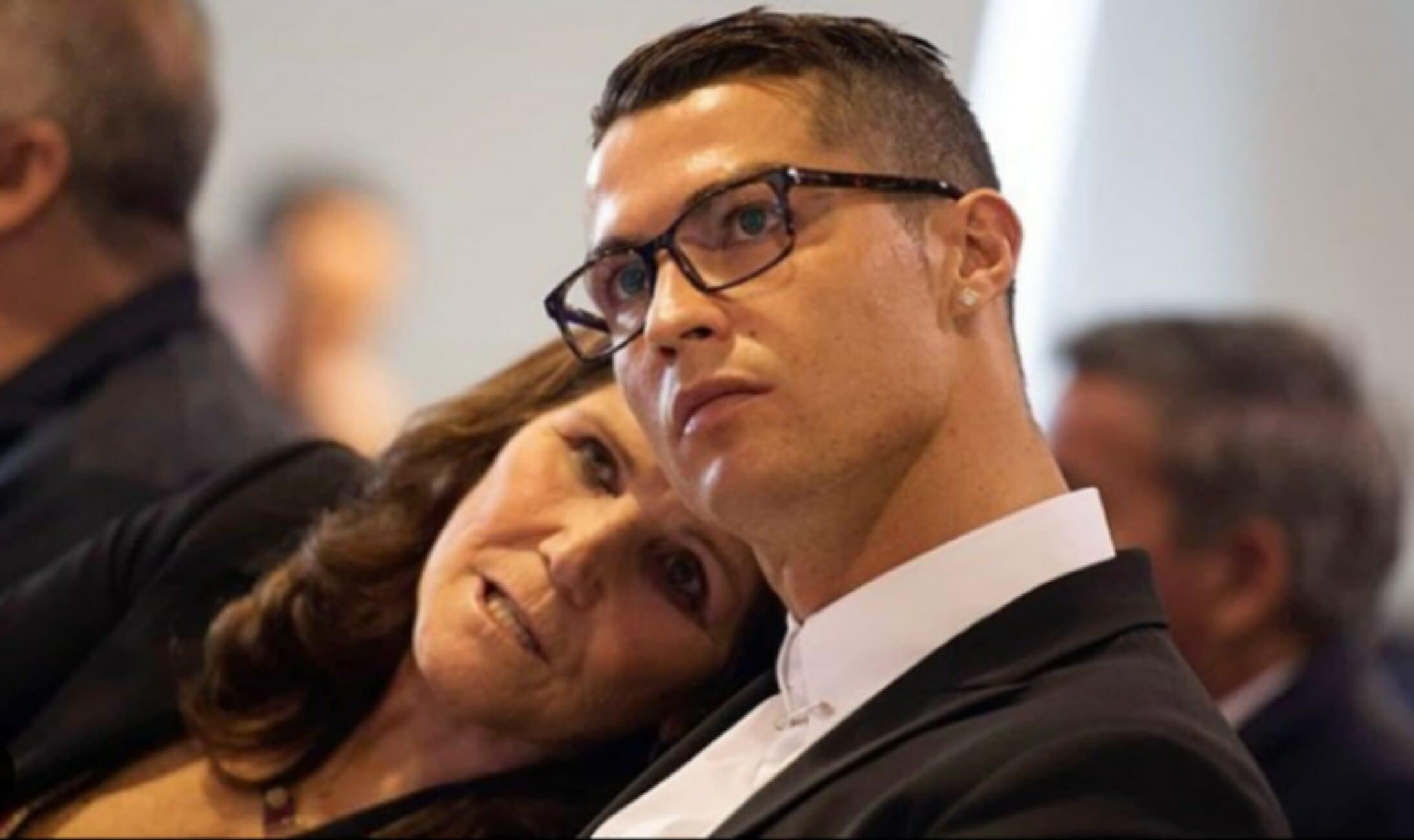 Μητέρα Κριστιάνο Ρονάλντο: «Γιε μου, πριν πεθάνω θέλω να σε δω να επιστρέφεις στη Σπόρτινγκ Λισαβόνας»