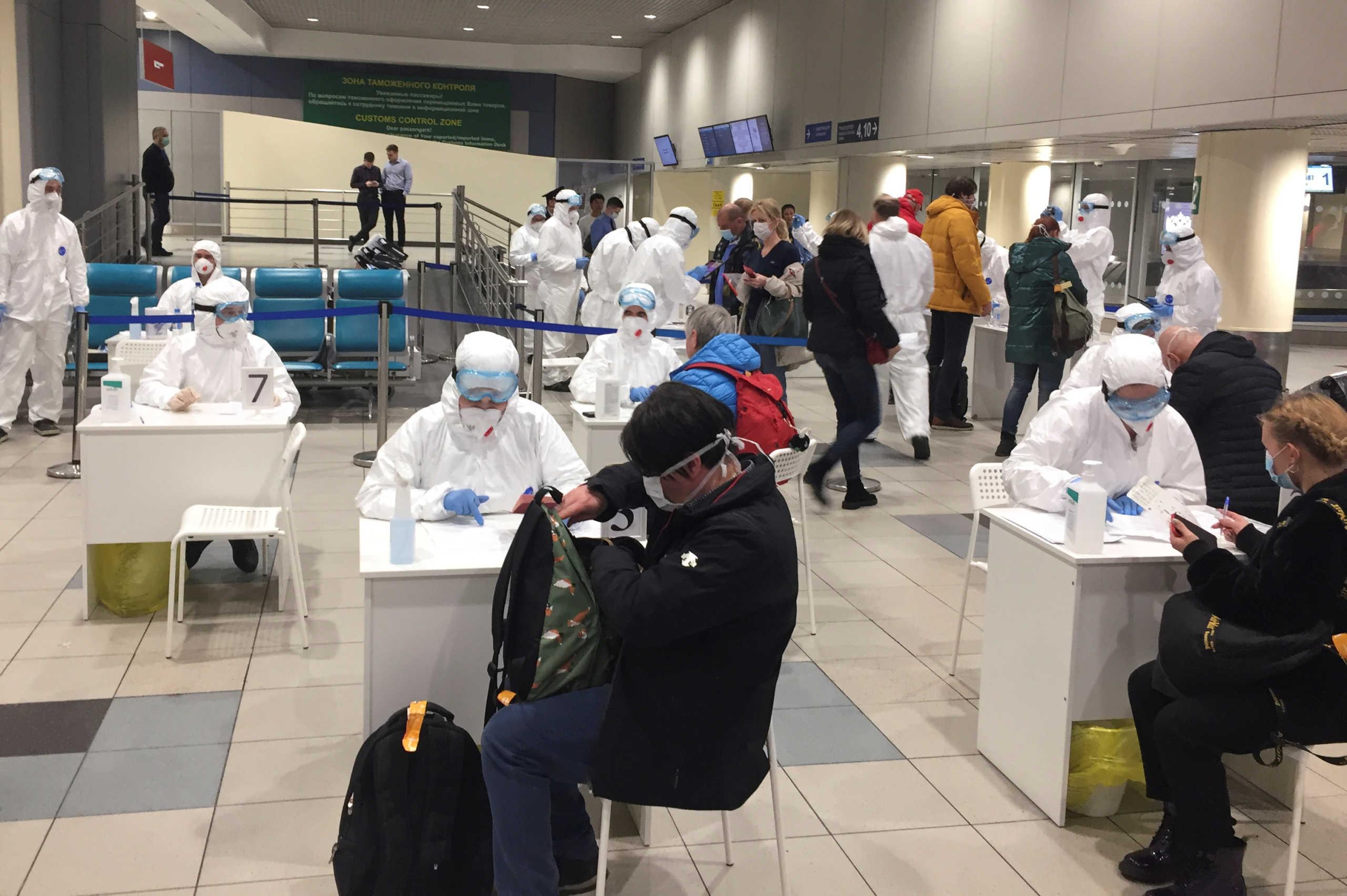 Κορονοϊός: Έξι νέα κρούσματα στη Ρωσία, τέλος οι εκδηλώσεις άνω των 5.000 ατόμων