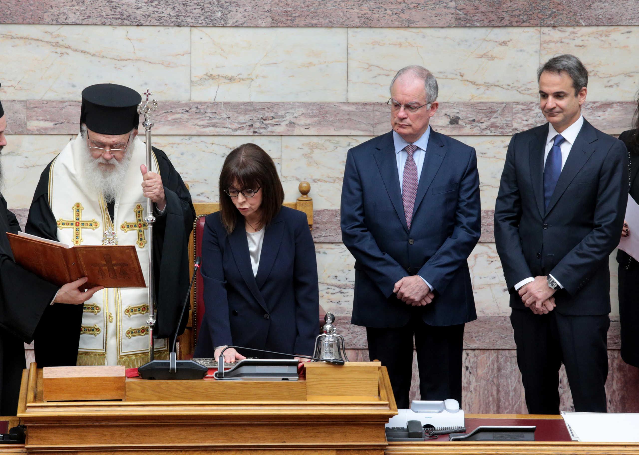 Ορκωμοσία στις μέρες του κορονοϊού! Και επίσημα Πρόεδρος η Αικατερίνη Σακελλαροπούλου