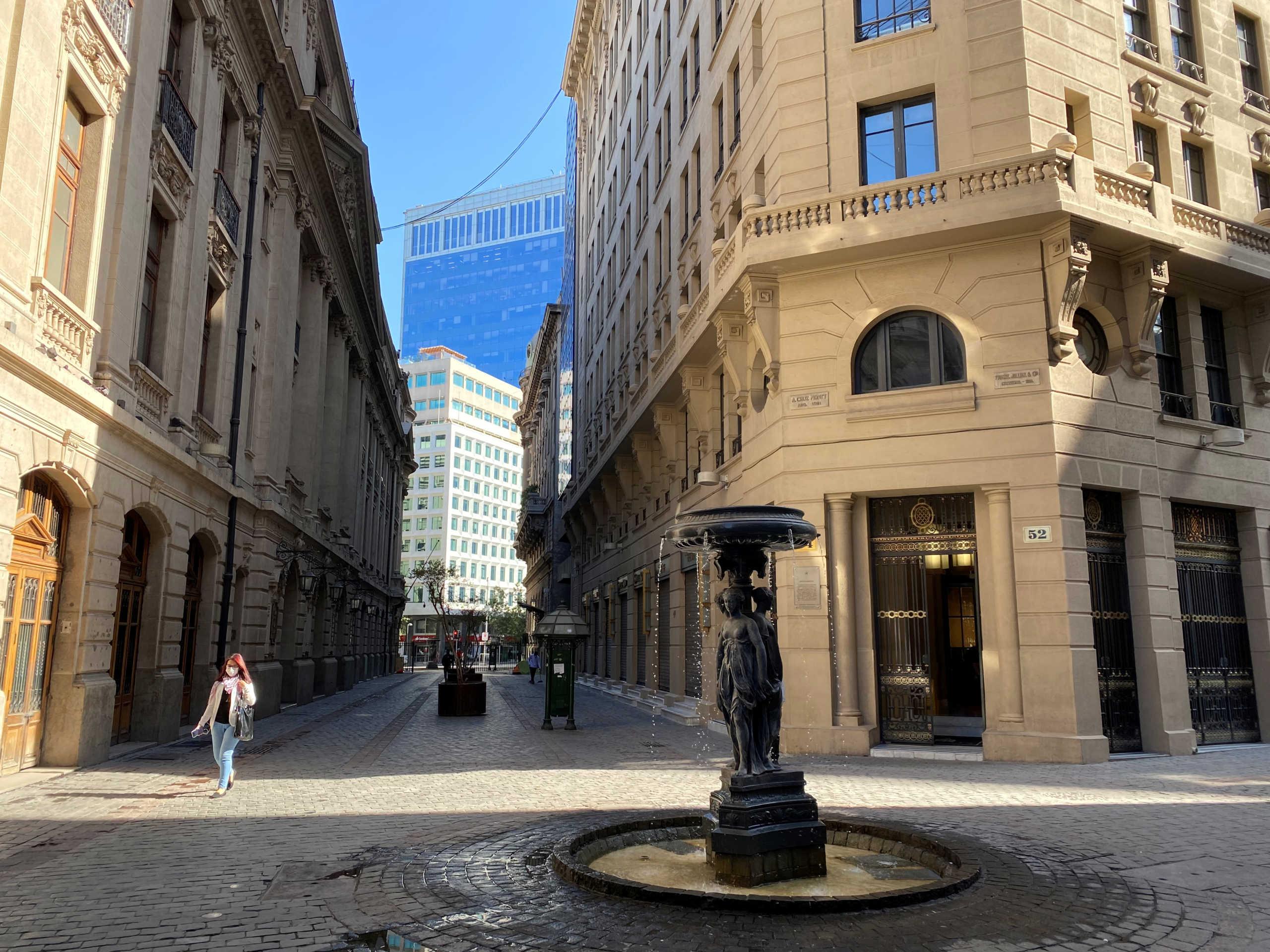 Ο κορονοϊός βάζει σε καραντίνα 1,3 εκατ. πολίτες στο Σαντιάγο