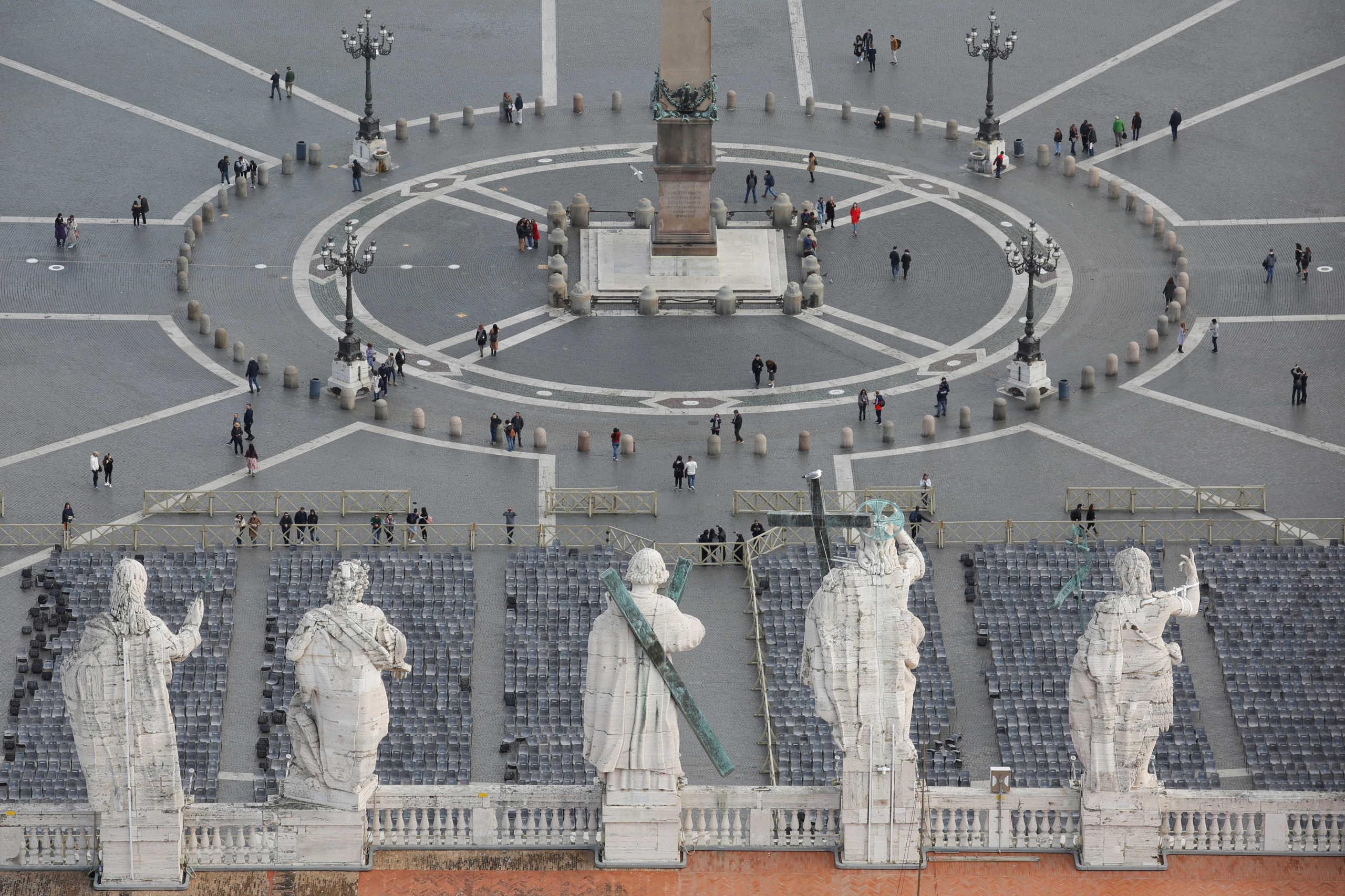 Λουκέτο στο Βατικανό! Η ευλογία της Κυριακής από τον Πάπα μόνο μέσω διαδικτύου!