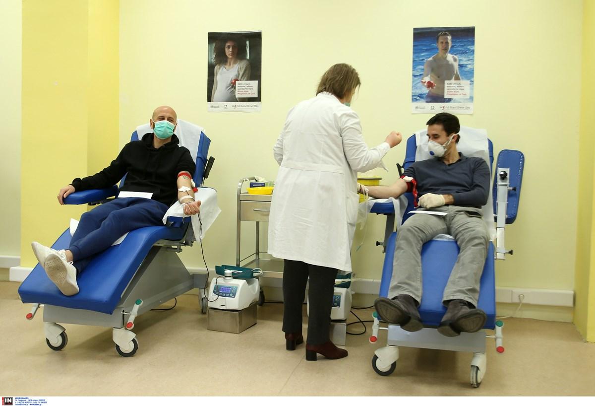 Οι «Greek Legends 2004» συμμετέχουν σε εθελοντική αιμοδοσία στη ΔΕΘ