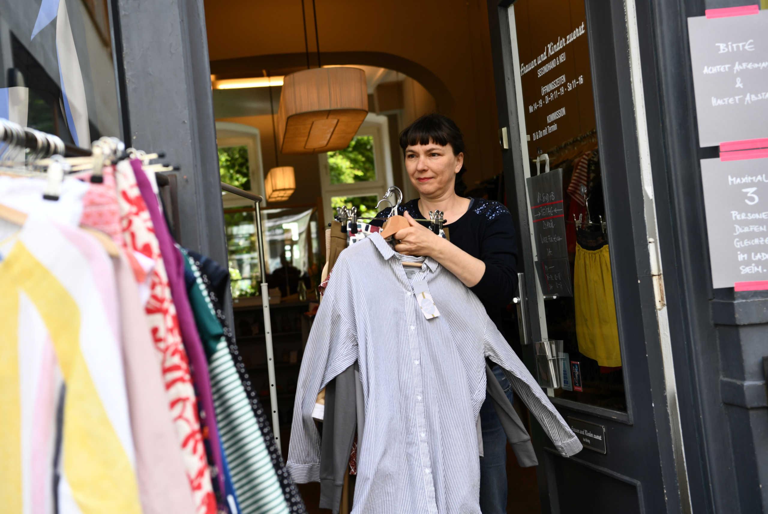 Ενοικίαση ρούχων: Η νέα μόδα που βλάπτει το περιβάλλον