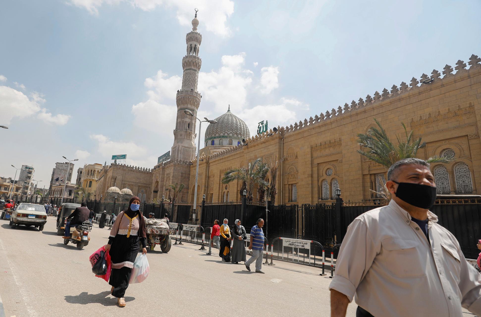 Αίγυπτος: Πέθανε ο πατέρας της πλουσιότερης οικογένειας της χώρας – Ένα δισ. δολάρια η περιουσία του