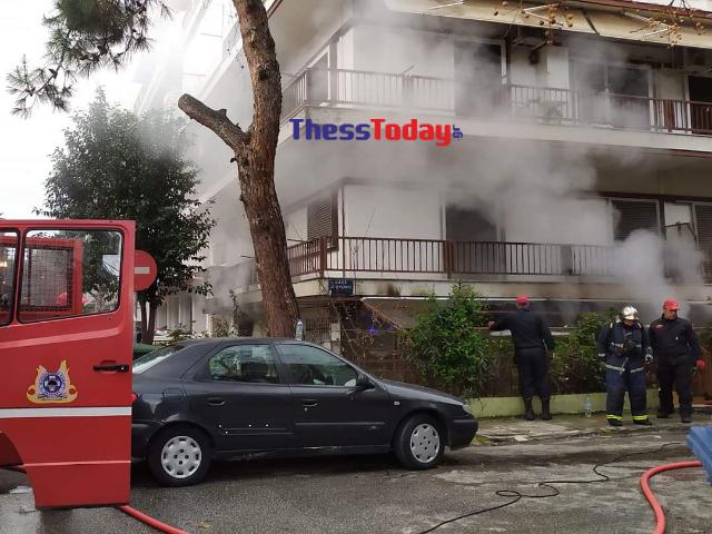 Θεσσαλονίκη: Καθηγητής μουσικής ο νεκρός από τη φωτιά στο διαμέρισμα! Μαρτυρικός θάνατος στις φλόγες (Βίντεο)
