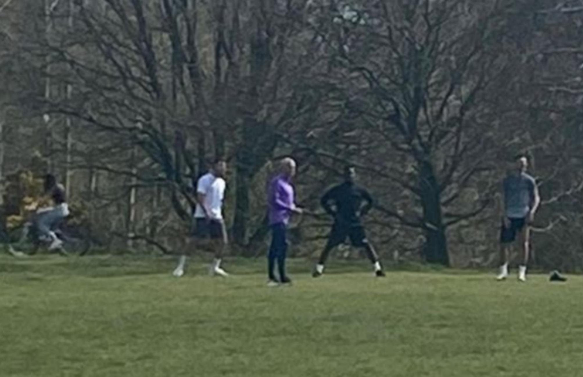 Κορονοϊός: Σάλος στην Αγγλία με τον Μουρίνιο που πήγε παίκτες του σε πάρκο (vid, pics)