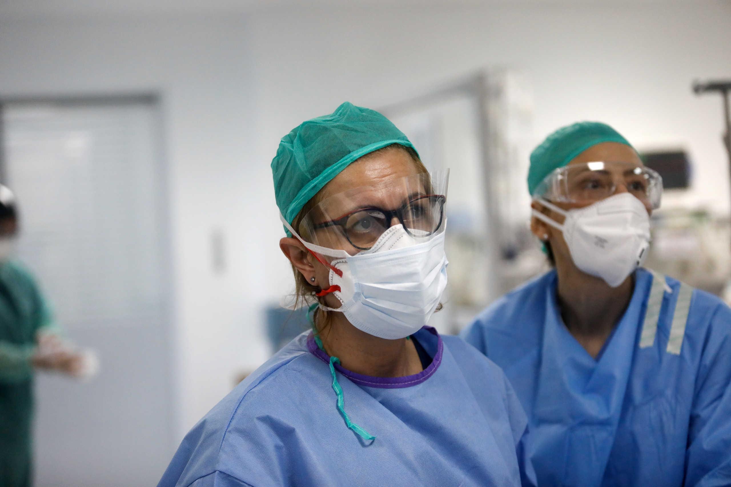 κορονοϊός γιατροί