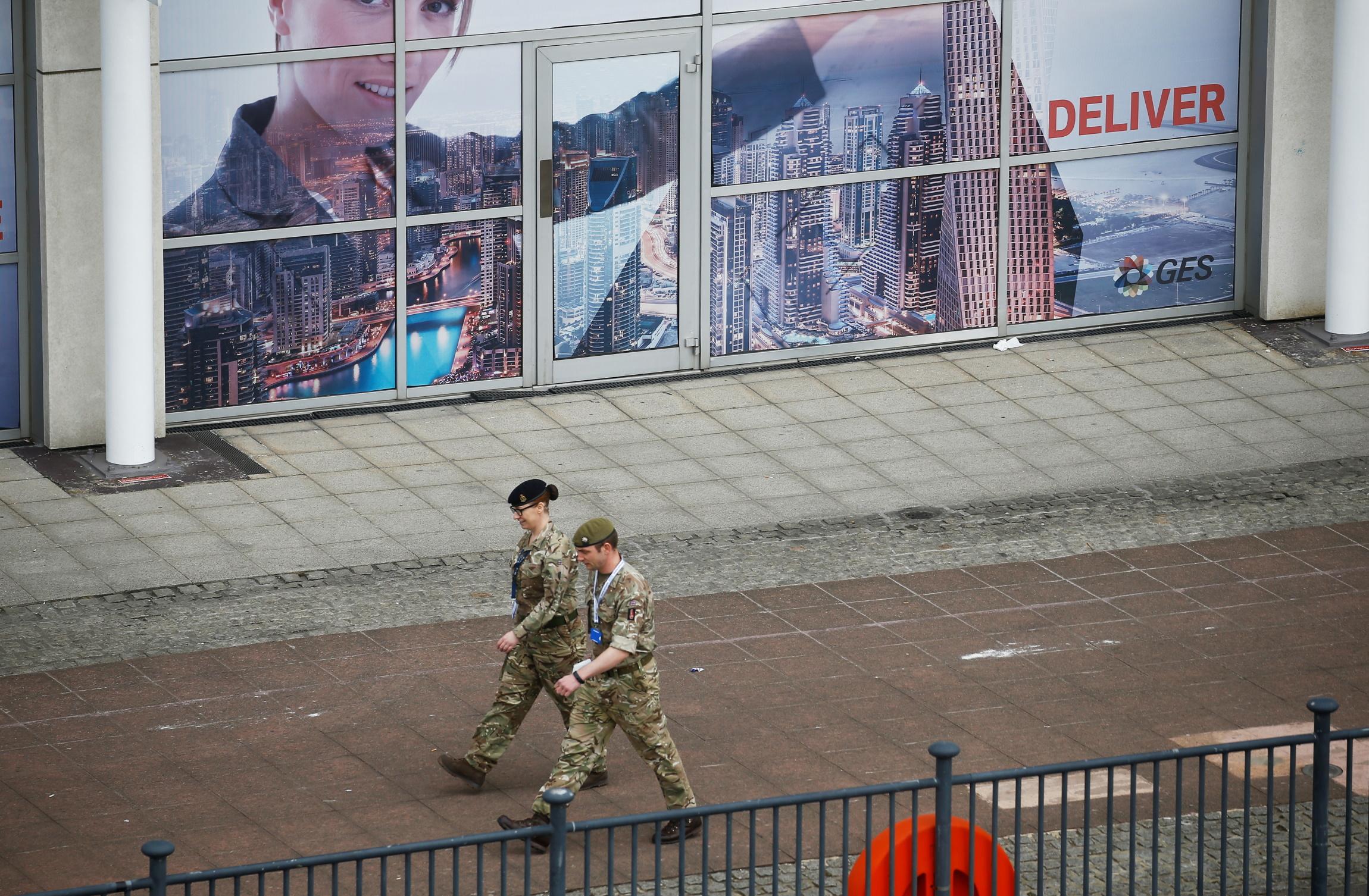 Θέση «μάχης» στα ασθενοφόρα παίρνει ο Βρετανικός Στρατός!
