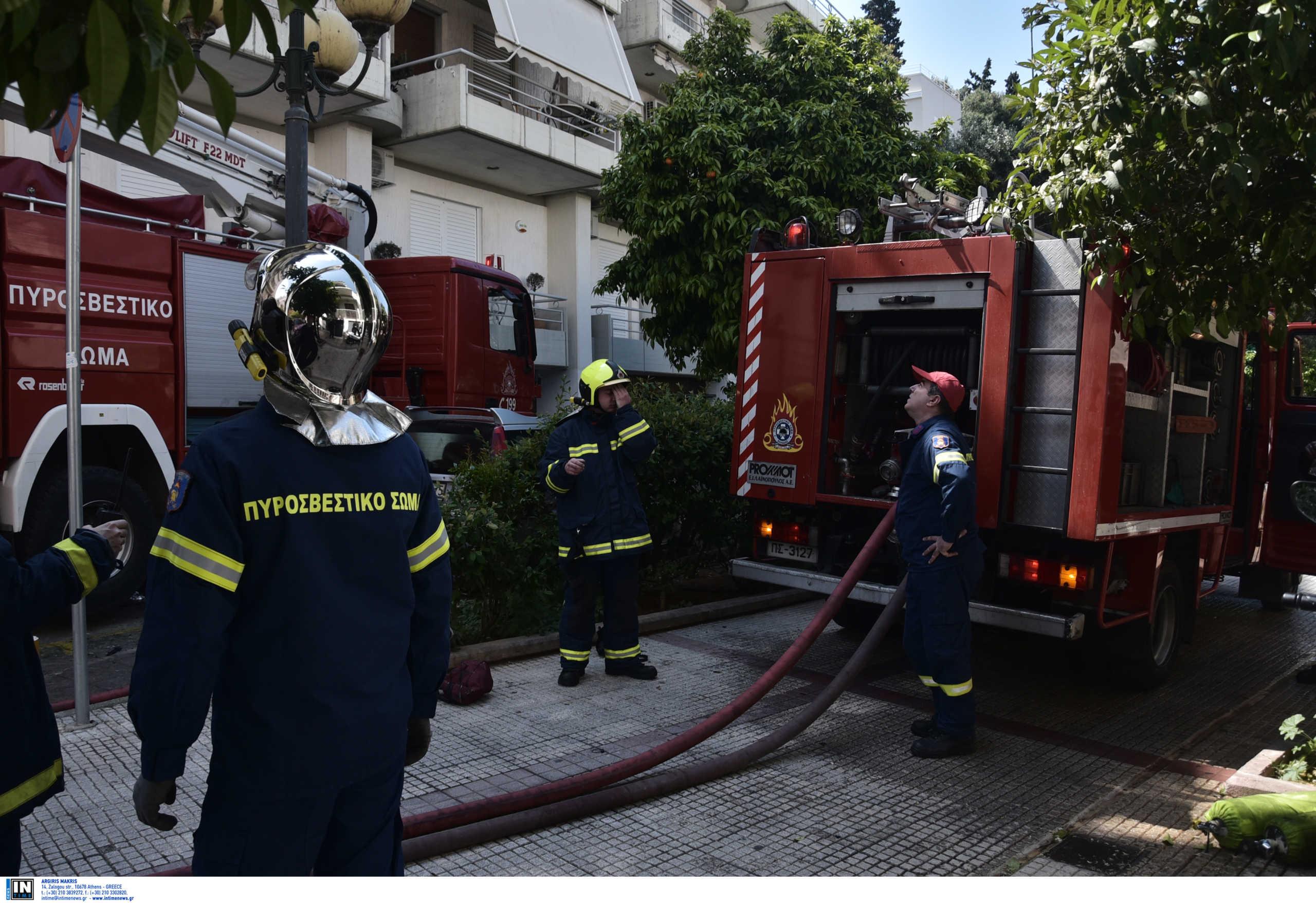 Μεγάλη φωτιά σε διαμέρισμα στο Γαλάτσι