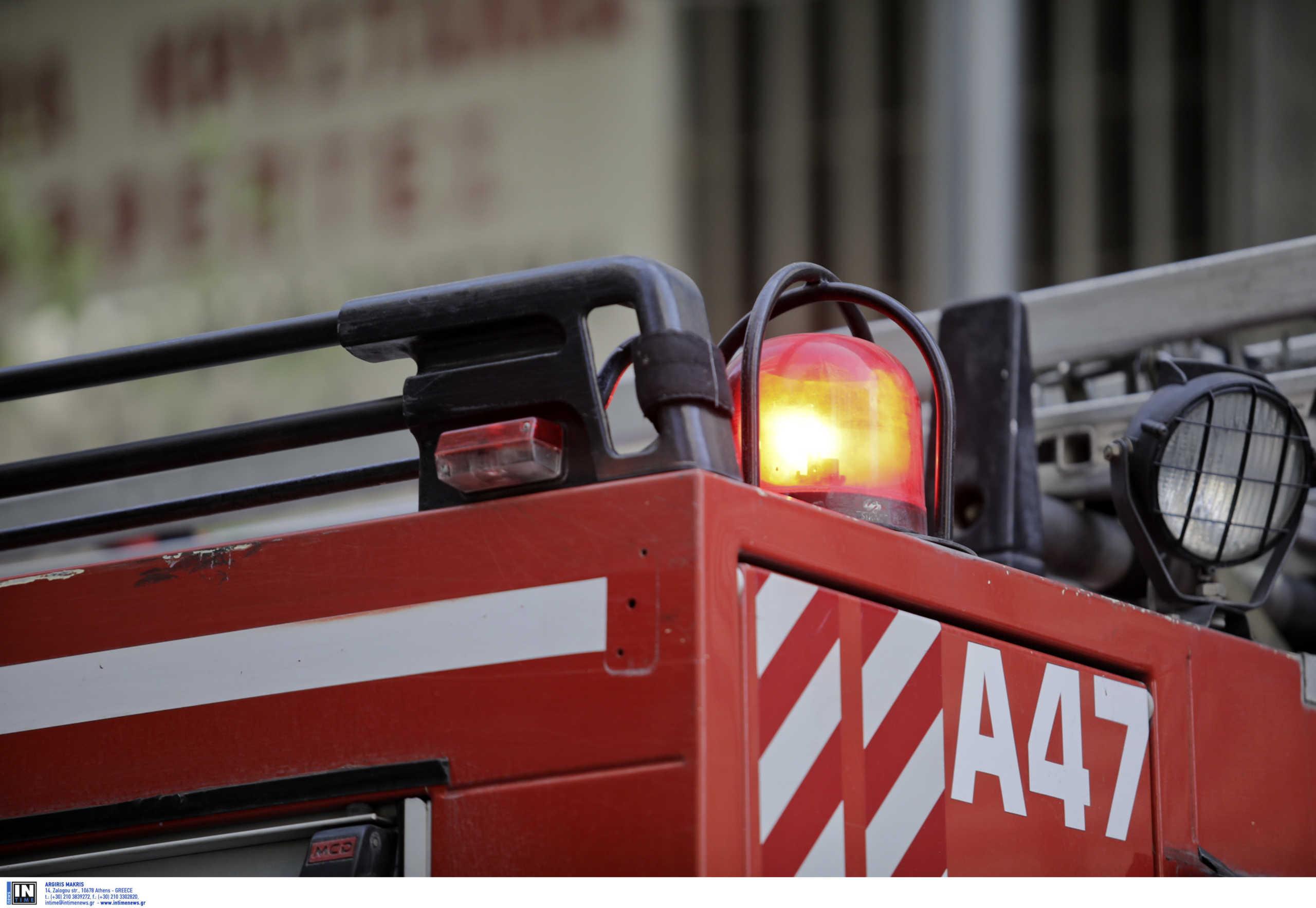Φωτιά σε διαμέρισμα στο Νέο Κόσμο, νεκρός ηλικιωμένος