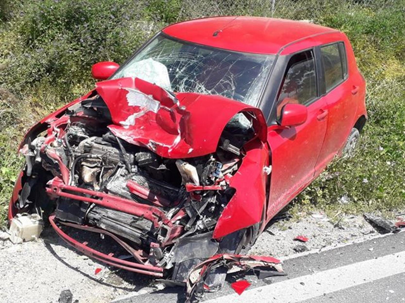 Κρήτη: Τρομακτική καραμπόλα ενός οχήματος της Πυροσβεστικής και δύο αυτοκινήτων (pics)