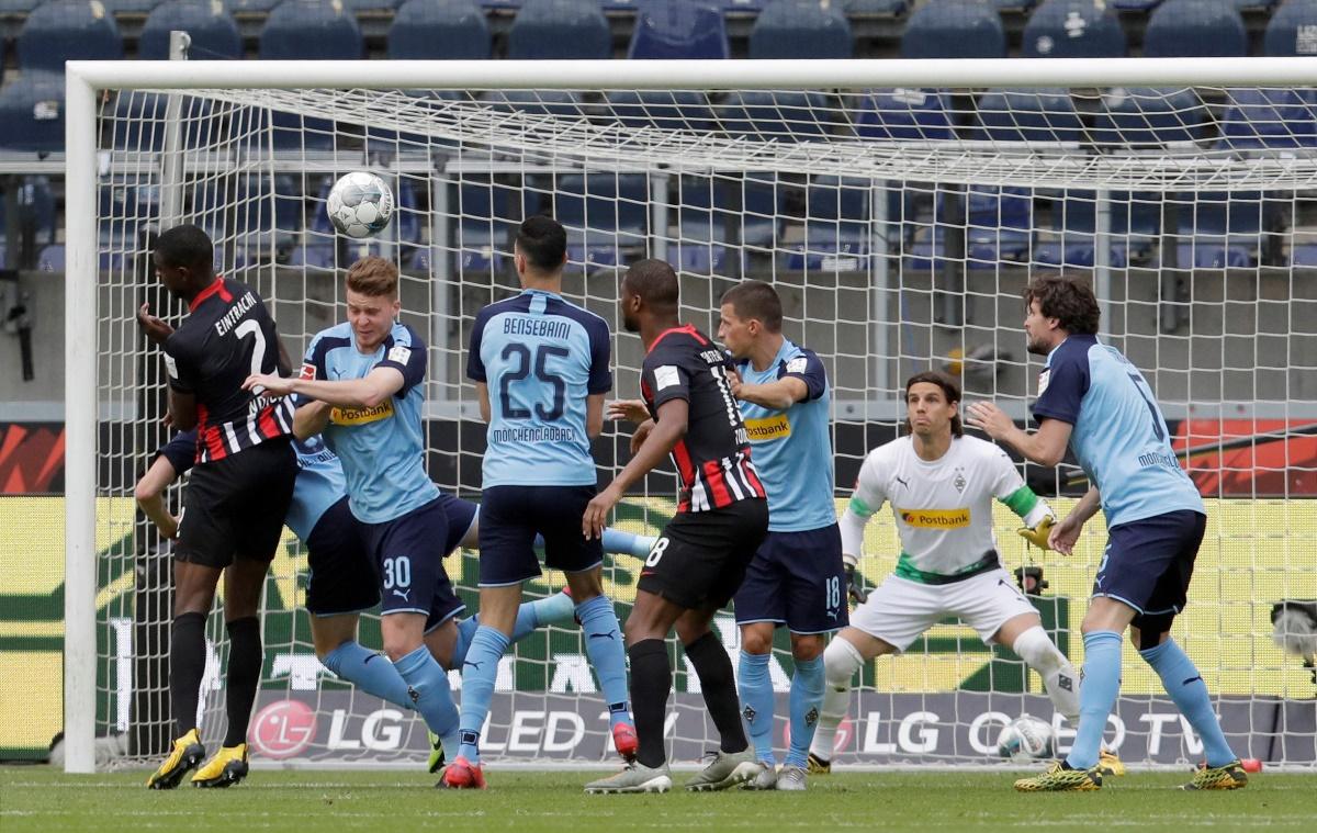 Άνετο «διπλό» η Γκλάντμπαχ! Πέρασε τρίτη με την επανεκκίνηση της Bundesliga! (video)