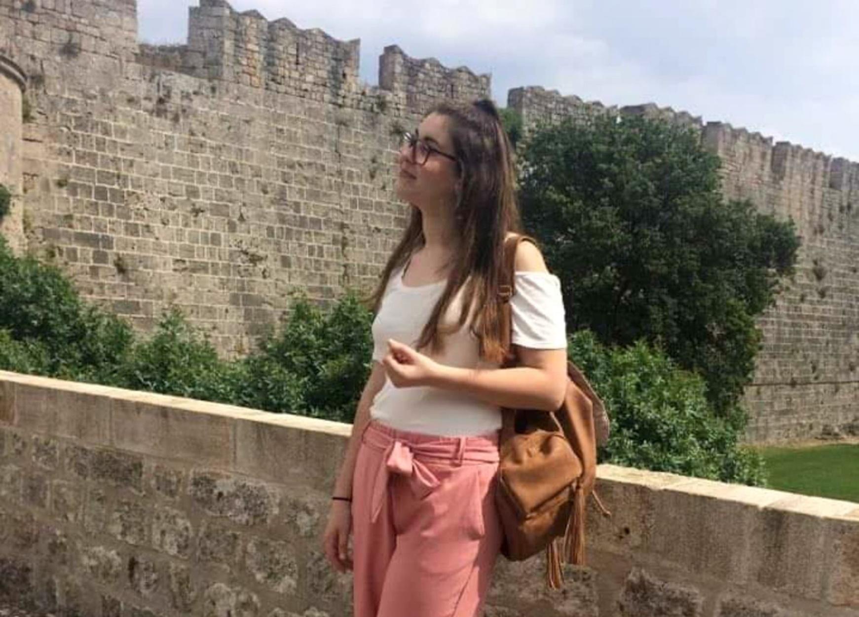 """Ελένη Τοπαλούδη: Δύο χρόνια από τη δολοφονία που συγκλόνισε το πανελλήνιο – Τα πέντε κινητά που περιμένουν να """"μιλήσουν"""""""