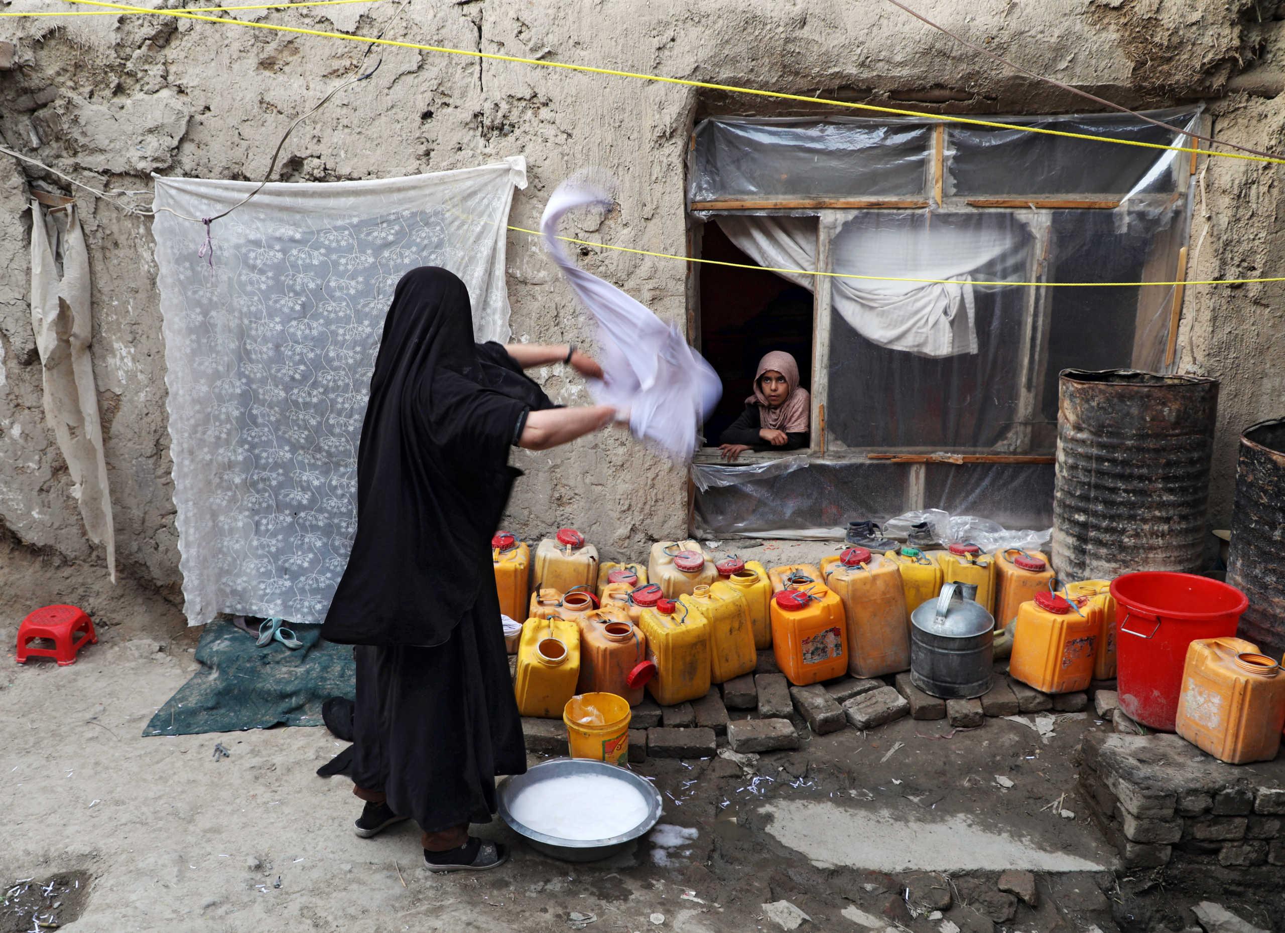 Αφγανιστάν: Έκοψε τη μύτη της γυναίκας του με κουζινομάχαιρο γιατί του ζήτησε διαζύγιο