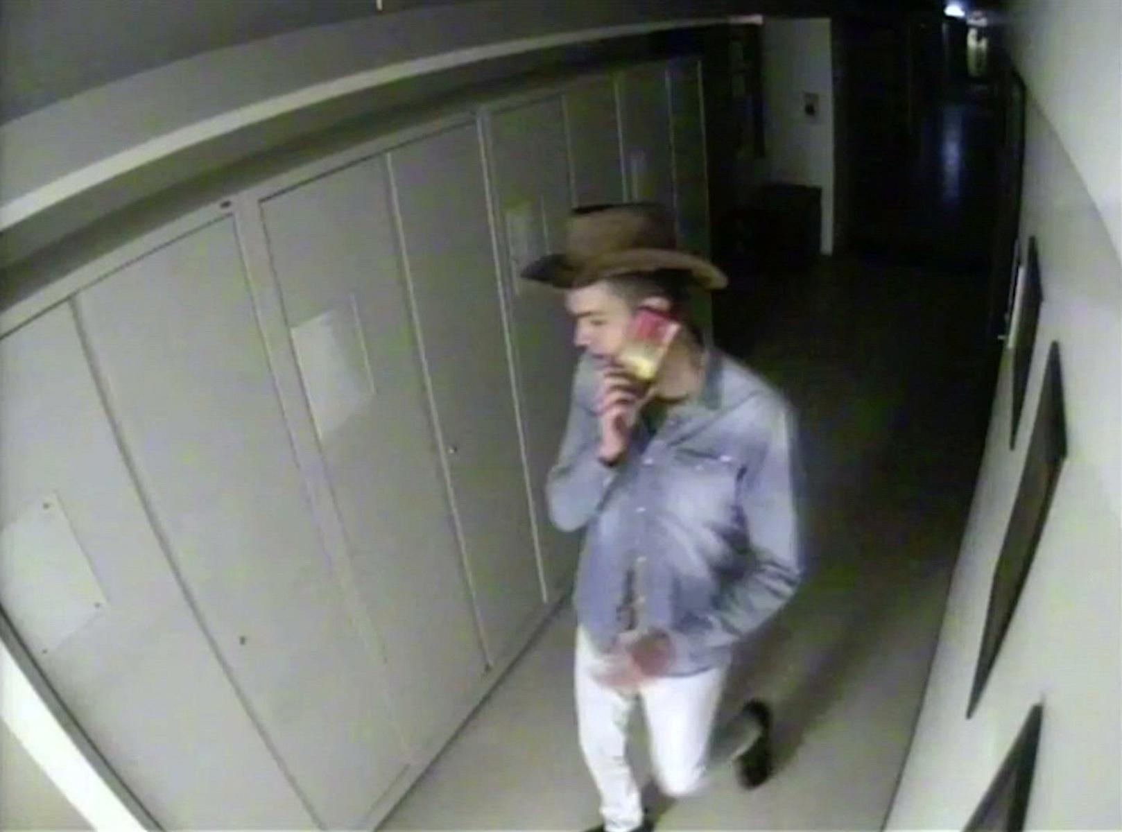Αυστραλία: Γερμανός φοιτητής διέρρηξε μουσείο για μια σέλφι και έφυγε με καπέλο καουμπόι