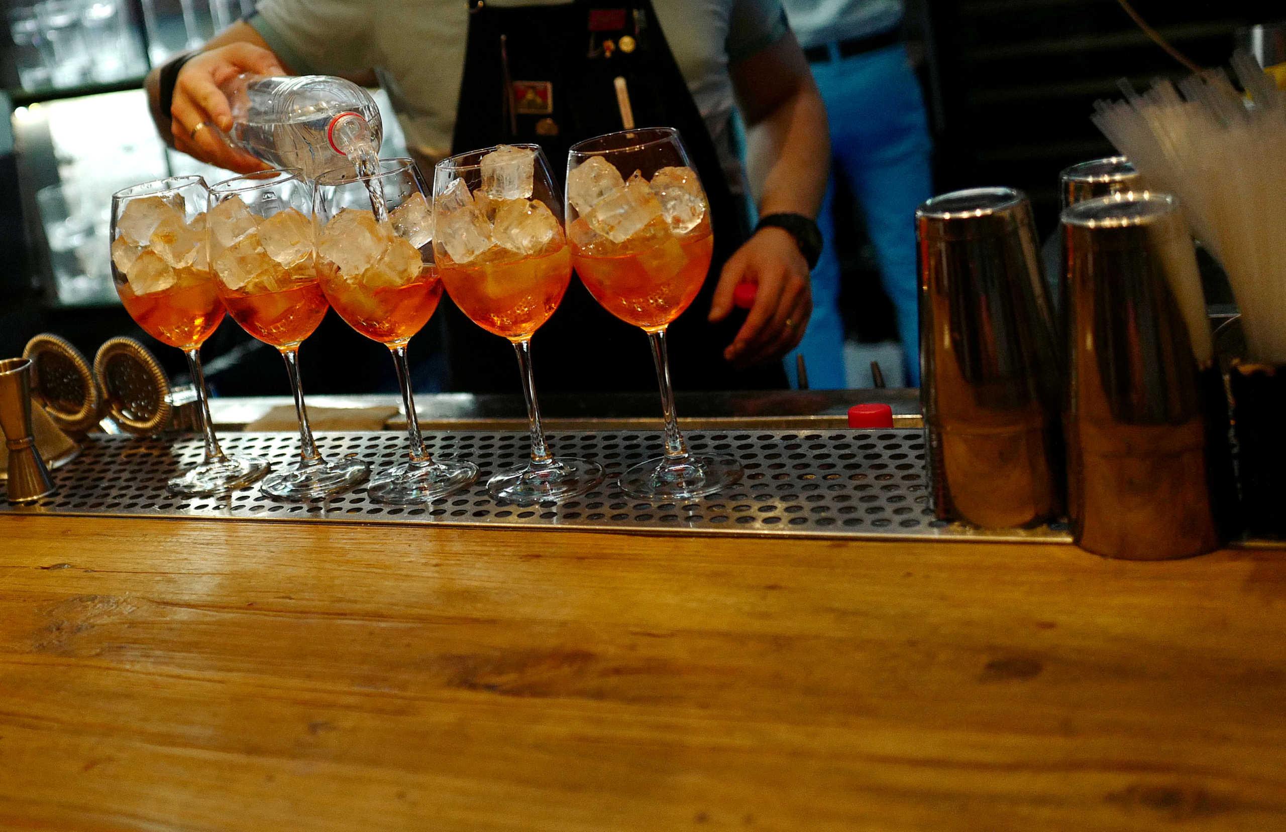 """Εφαρμογή βρίσκει αν τα ποτά είναι… μπόμπες η όχι! Η πρωτοποριακή μέθοδος με ελληνική """"υπογραφή"""""""