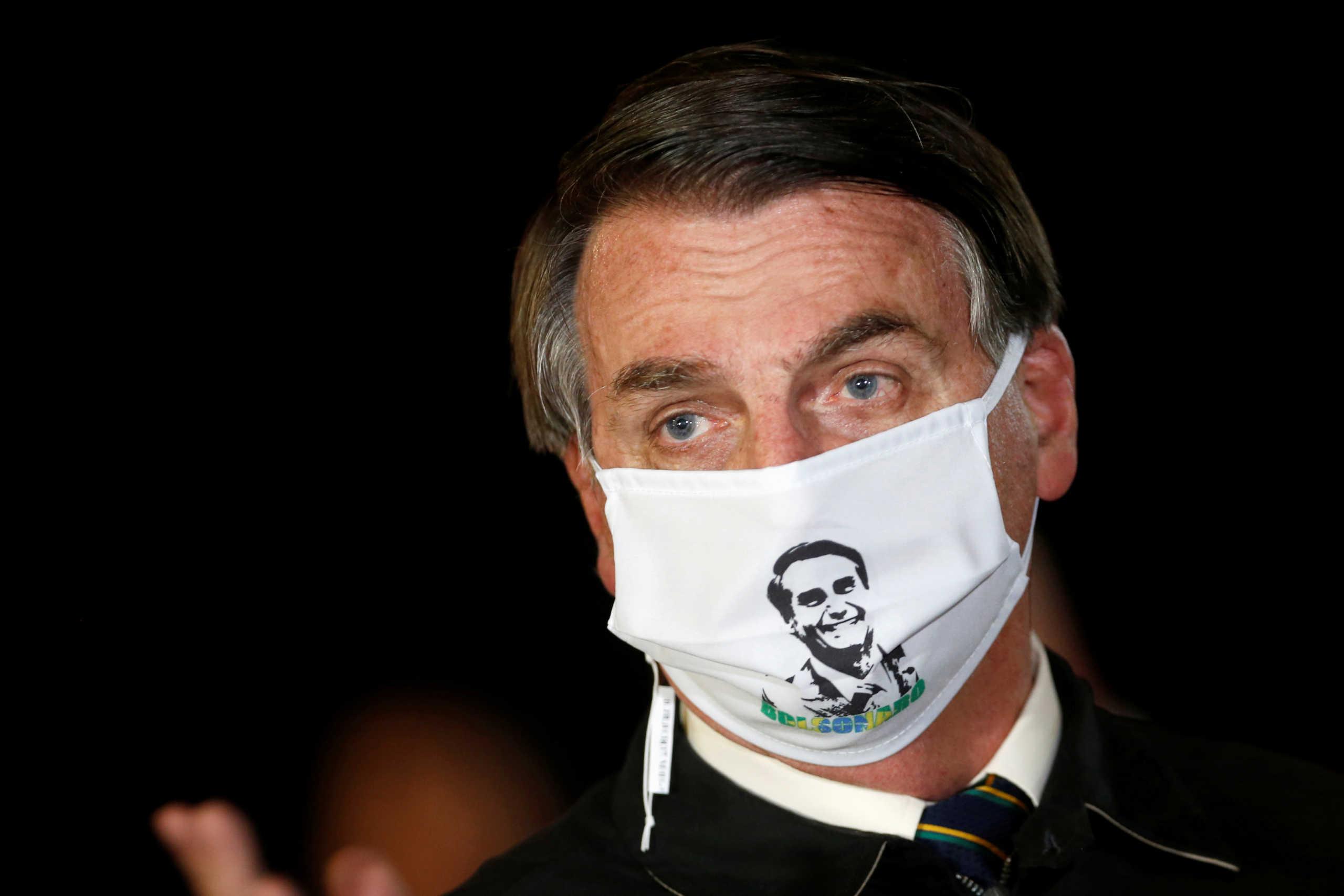 """Βραζιλία: Όλο και… """"καλύτερα""""! Δικαστήριο επιτρέπει στον Μπολσονάρο να μην φοράει μάσκα"""