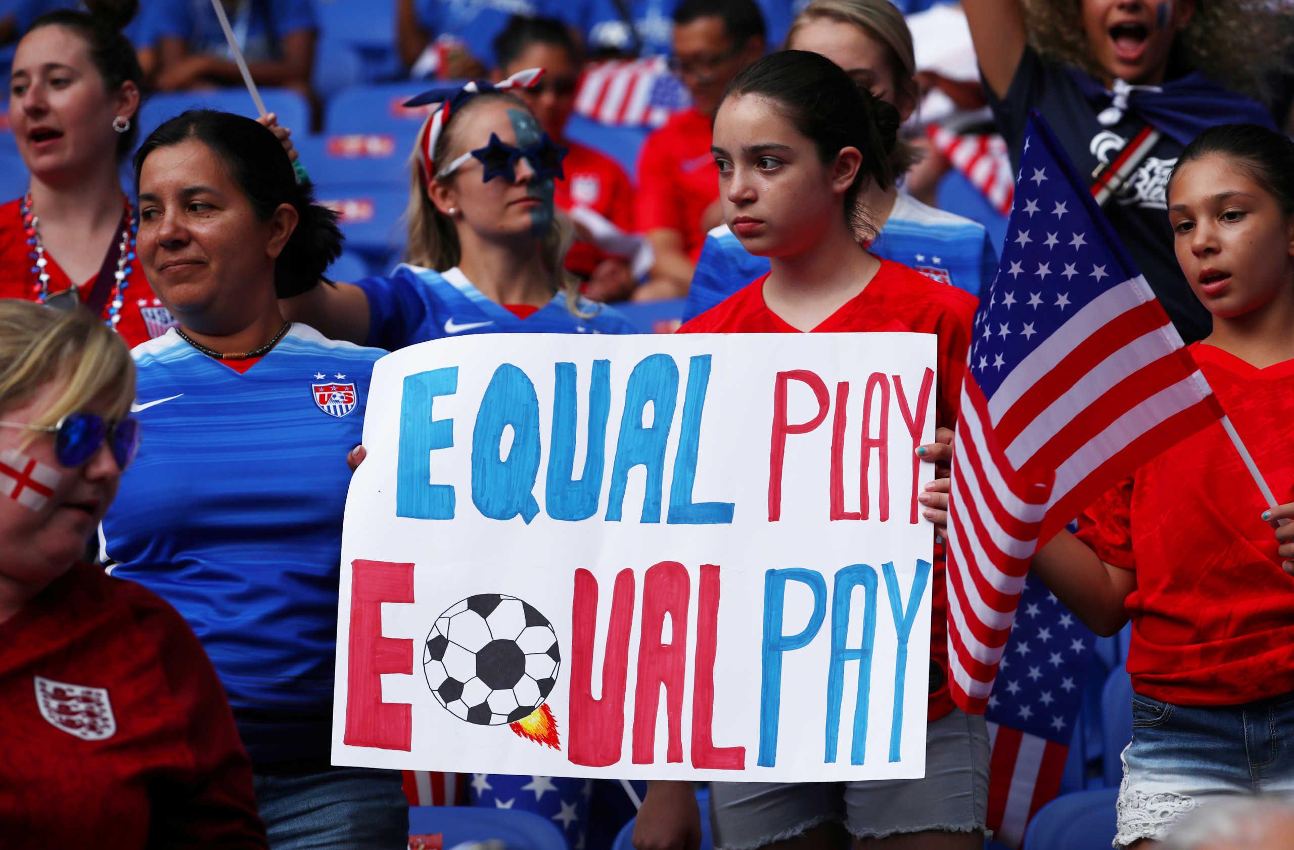 Έντονες αντιδράσεις για την αρνητική απόφαση δικαστηρίου στην ίση αμοιβή των ποδοσφαιριστών