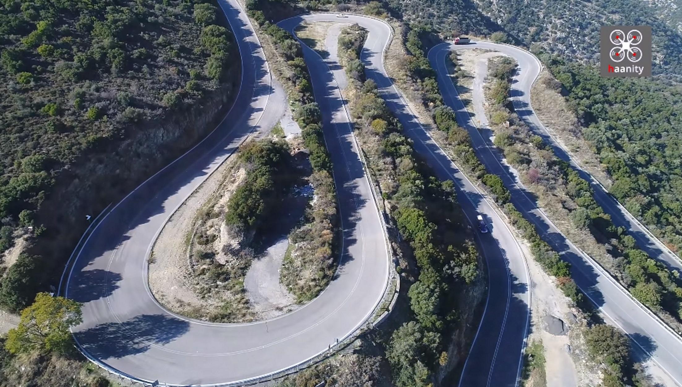"""Κωλοσούρτης: Η θρυλική Εθνική με τις συνεχείς """"στροφάρες"""" αλά """"Έλα Γιώργη"""" που έλιωνε τους κινητήρες (video)"""