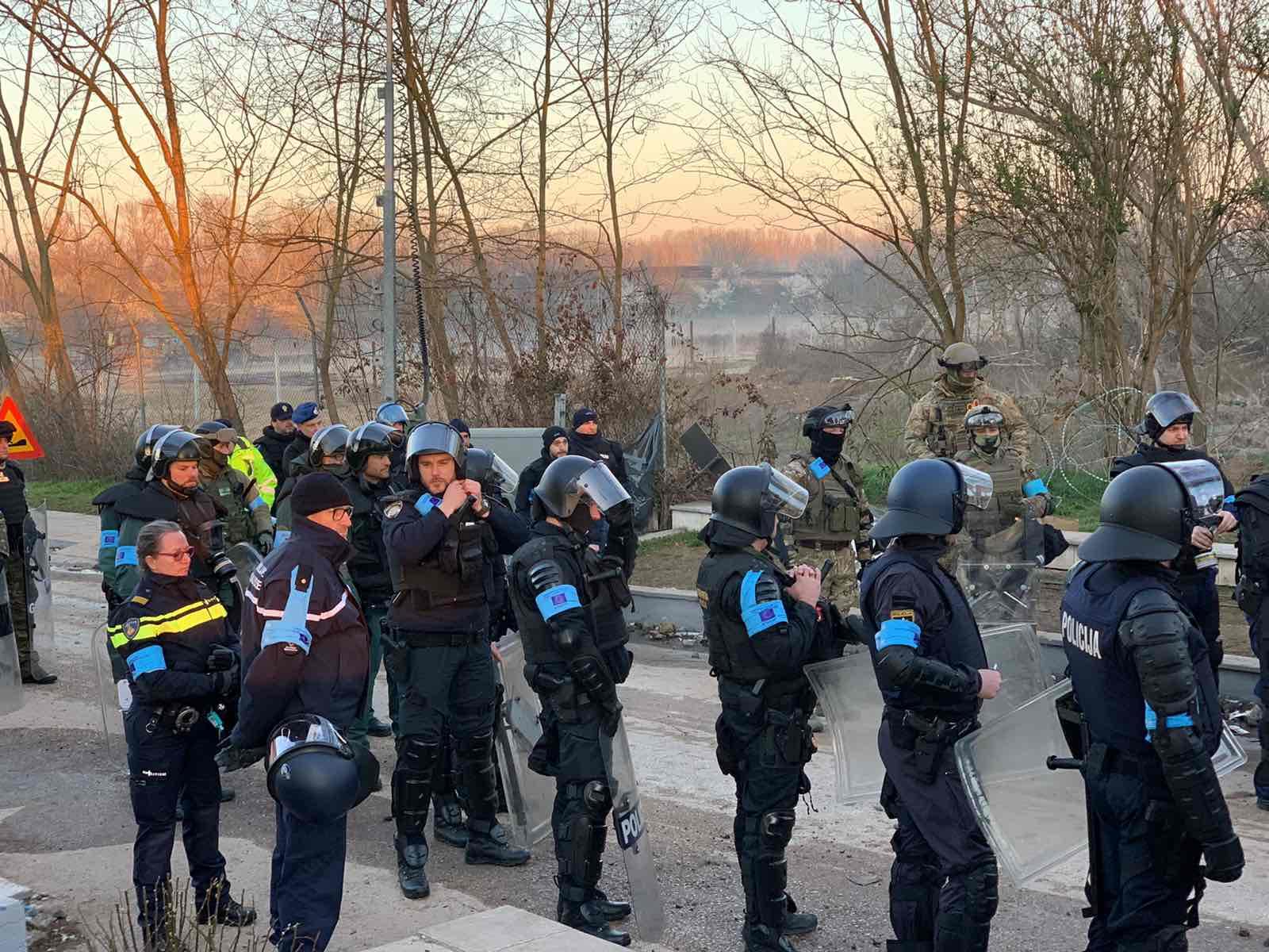 Frontex: Μαζικά οι μετανάστες στον Έβρο όταν η Τουρκία χαλαρώσει τα μέτρα του κορονοϊού