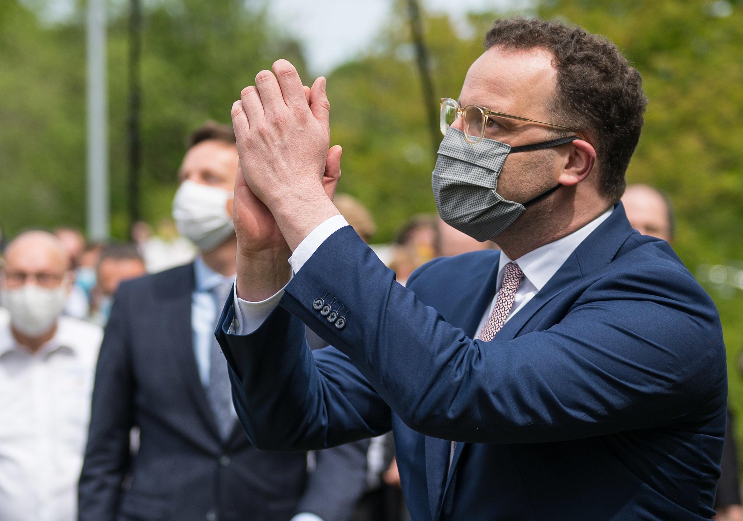 Στηρίζει Τραμπ ο Γερμανός υπ. Υγείας: Αλλαγές στη διοίκηση και τη διαφάνεια του ΠΟΥ