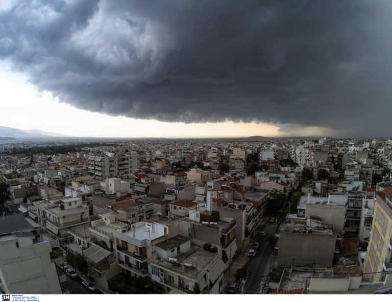 Καιρός: Καταιγίδες και χαλάζι τις επόμενες ώρες - Αναλυτική πρόγνωση