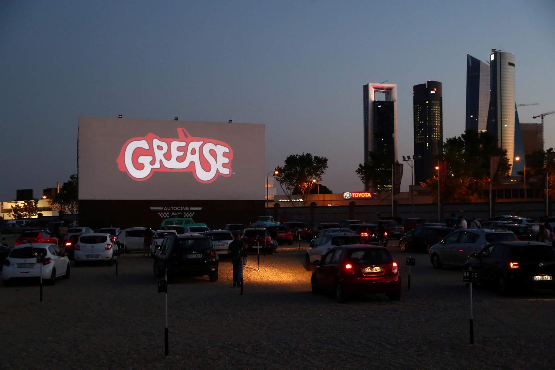 Πρεμιέρα με το κλασικό «Grease» για κινηματογράφο drive-in στη Μαδρίτη