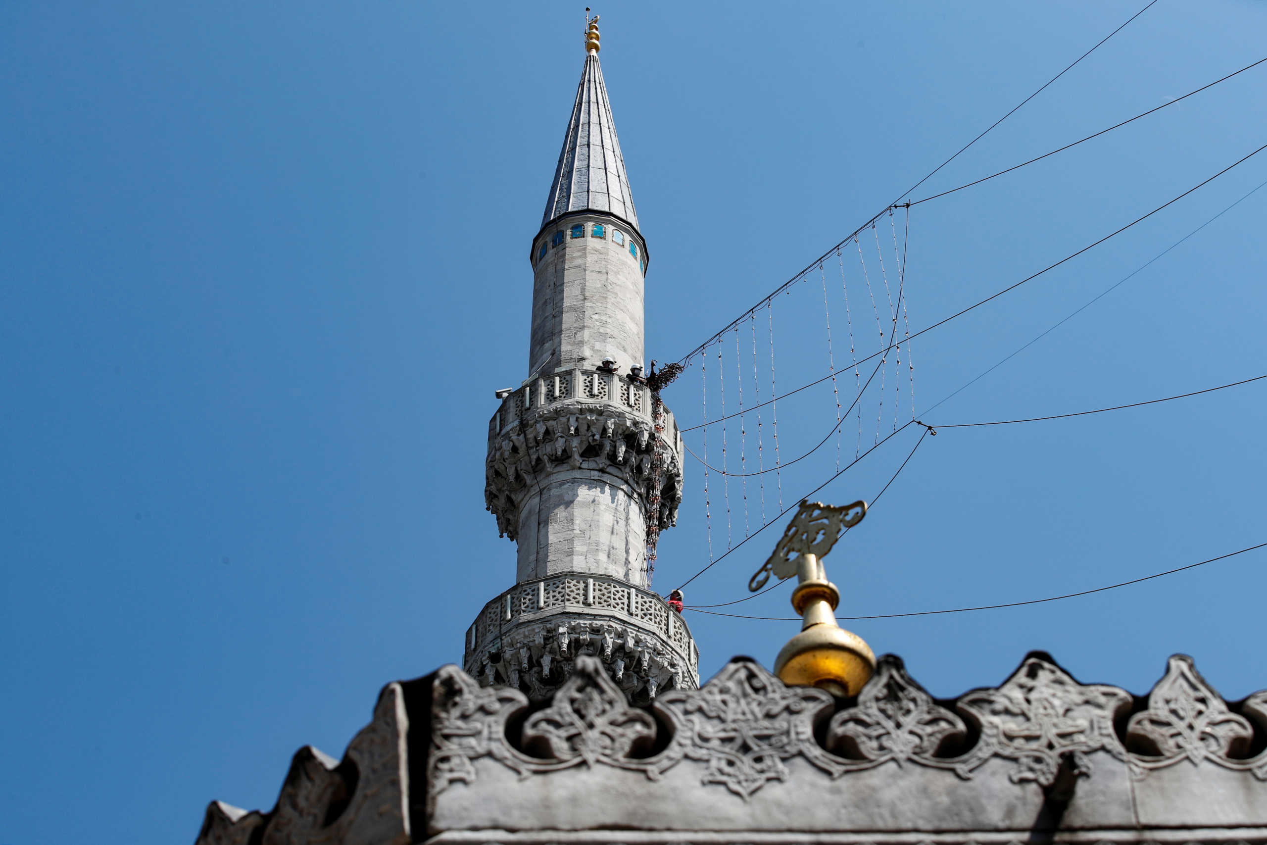 Γερμανία: Τα τζαμιά της Κολωνίας θα μεταδίδουν με μεγάφωνα την πρόσκληση για την προσευχή της Παρασκευής