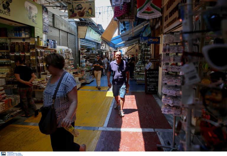 Κάτι κινείται στην αγορά - Το άνοιγμα των συνόρων φέρνει παραγγελίες ρούχων και αξεσουάρ