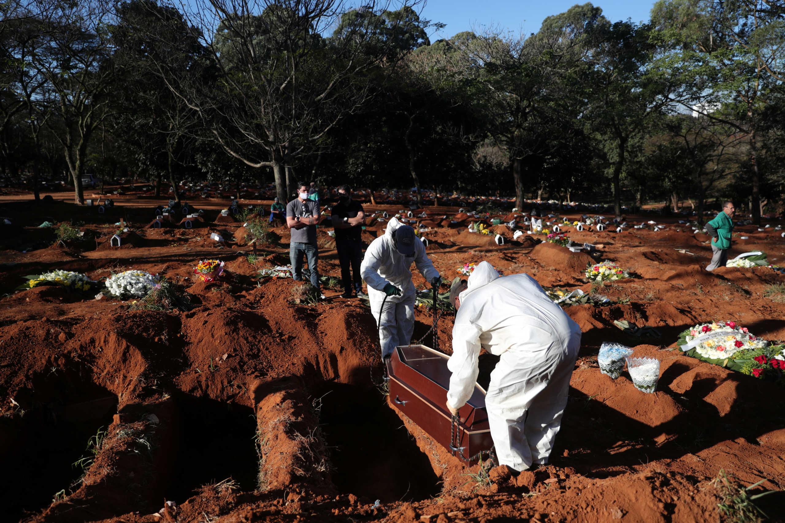 Ο κορονοϊός «σφυροκοπά» την Βραζιλία: 3.560 νεκροί και 73.174 κρούσματα σε ένα 24ωρο