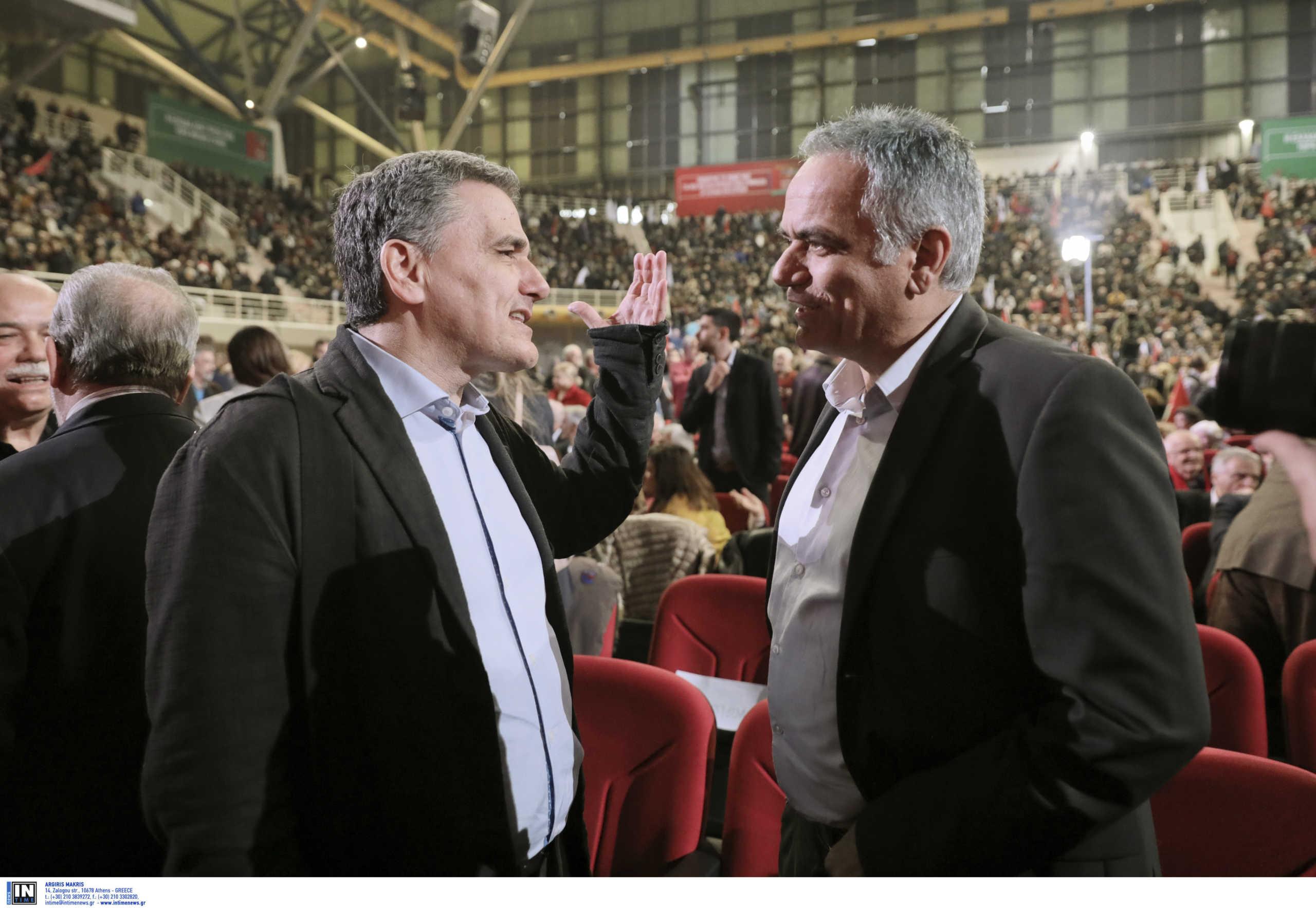 Άναψαν εσωκομματικές φωτιές στον ΣΥΡΙΖΑ: Σε ρόλο πυροσβέστη ο Τσίπρας