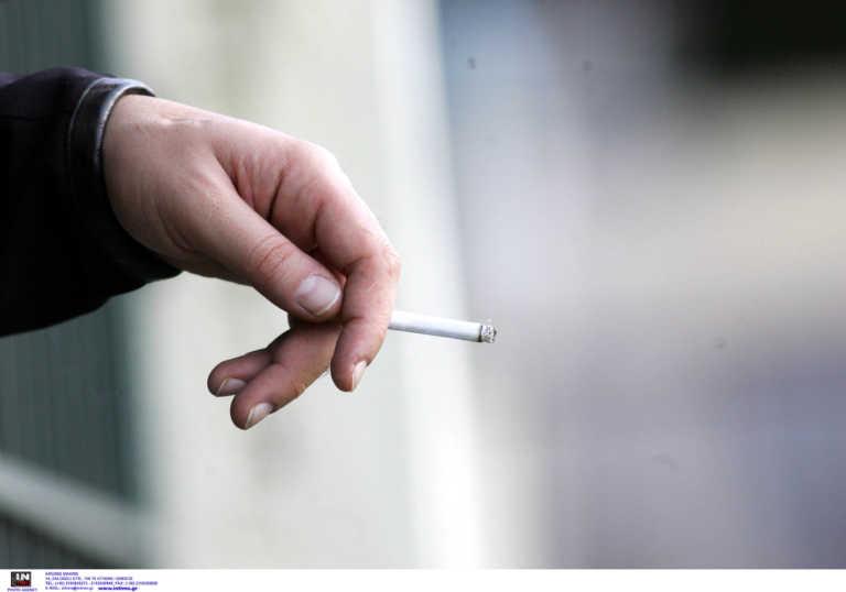 Κορονοϊός: Οι μακροχρόνιοι καπνιστές έχουν διπλάσιος κίνδυνο νοσηλείας και θανάτου