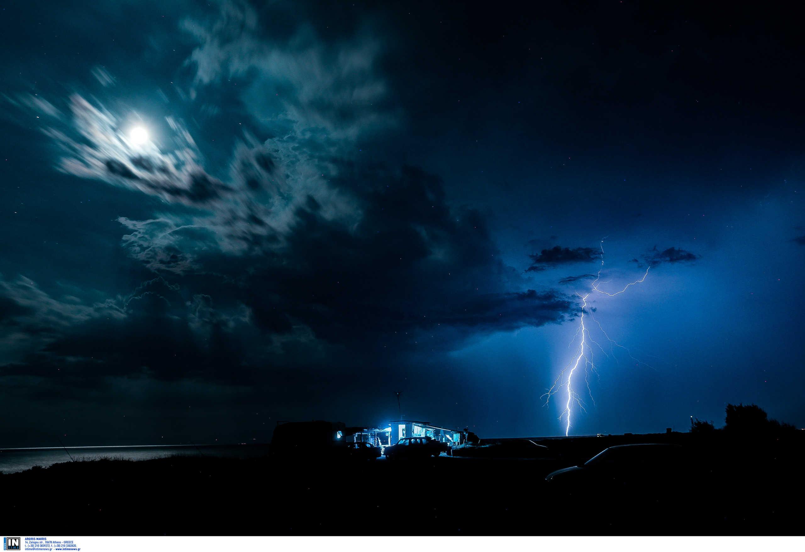 Καιρός: Από τον καύσωνα στις καταιγίδες και το χαλάζι! Έκτακτο δελτίο της ΕΜΥ