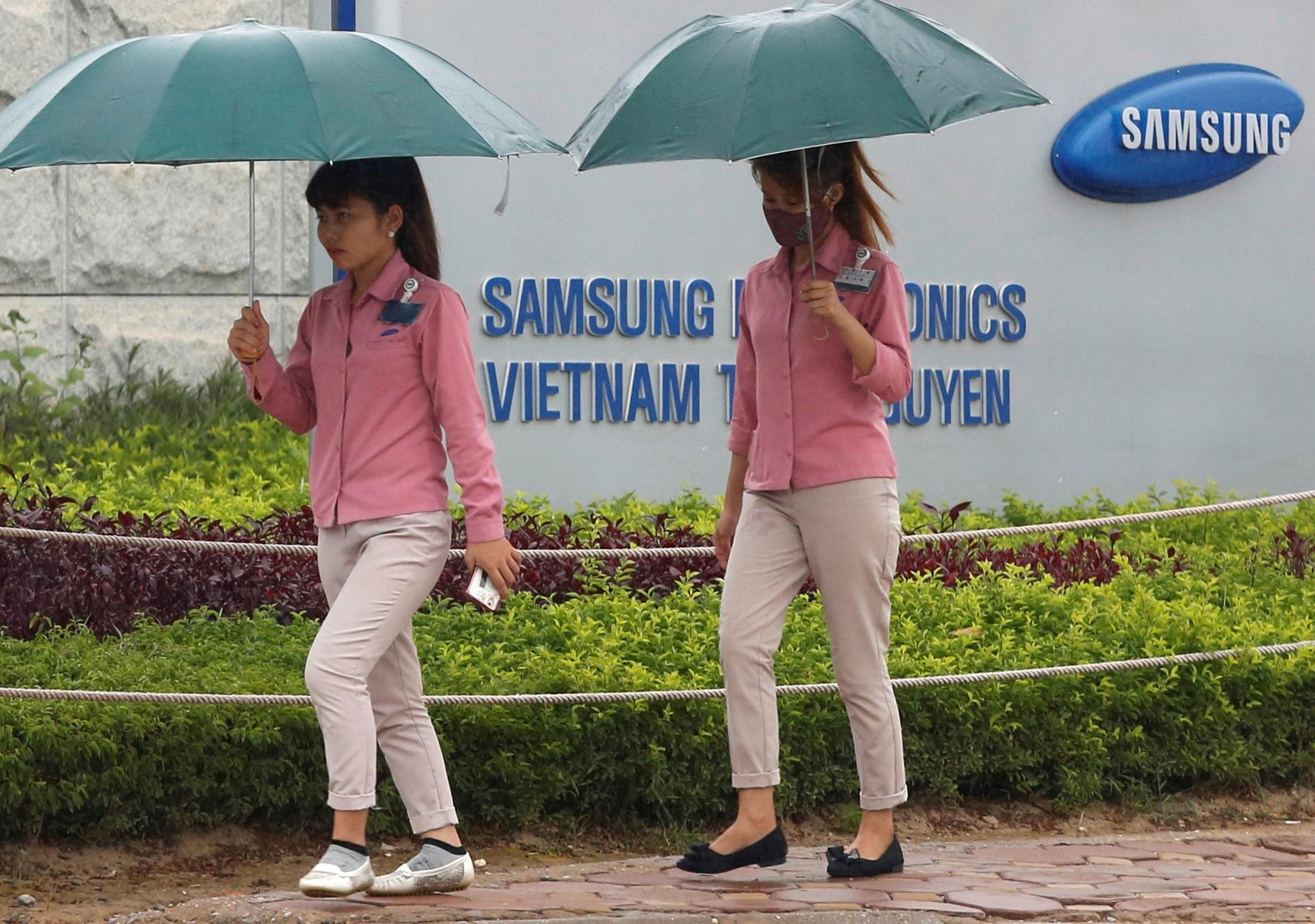 "Samsung: Κάνει ""Delete"" την Κίνα και μεταφέρει παραγωγή στο Βιετνάμ"