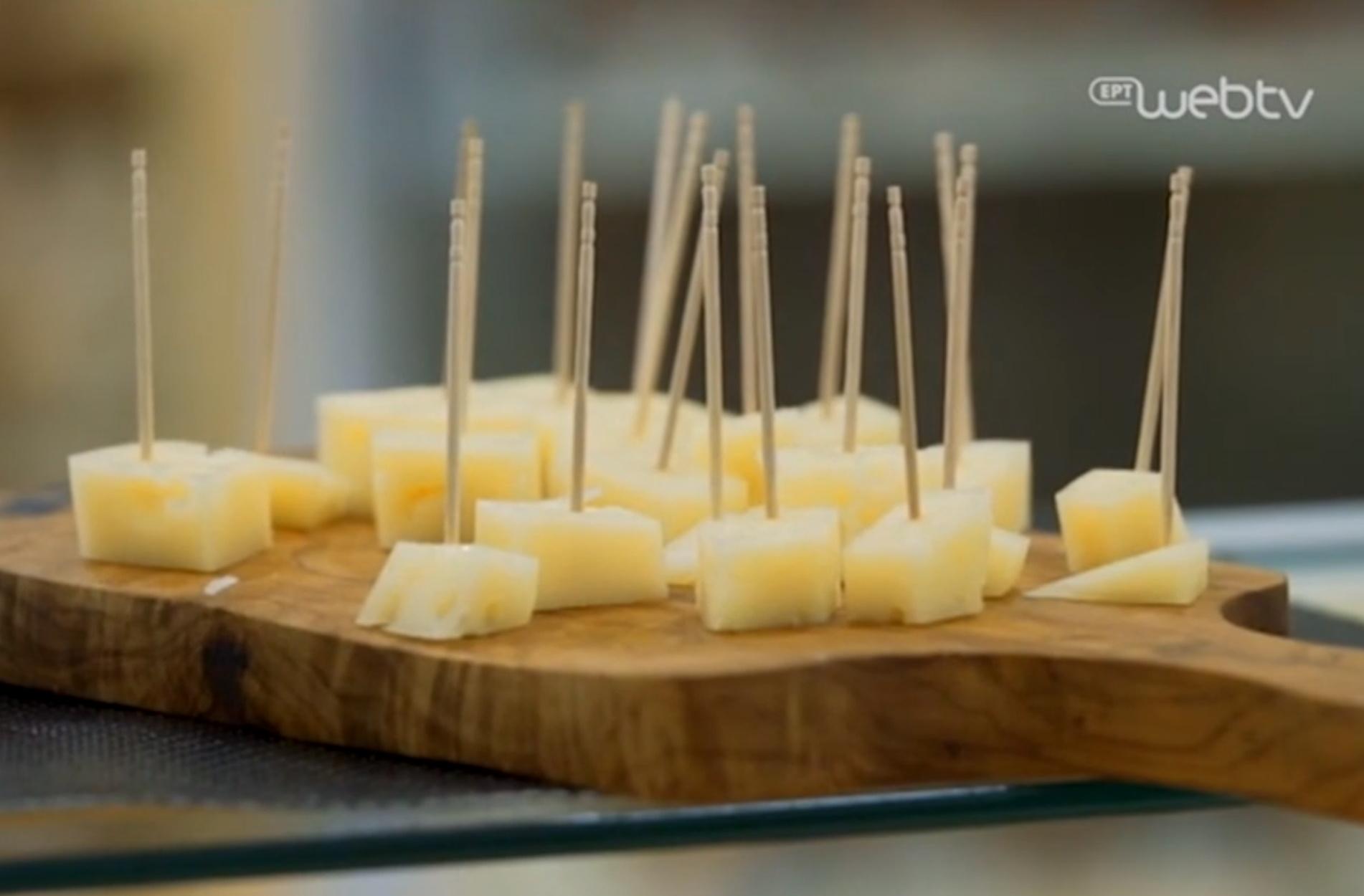 Αρσενικό Νάξου: Το γλυκόξινο τυρί και τα μυστικά του