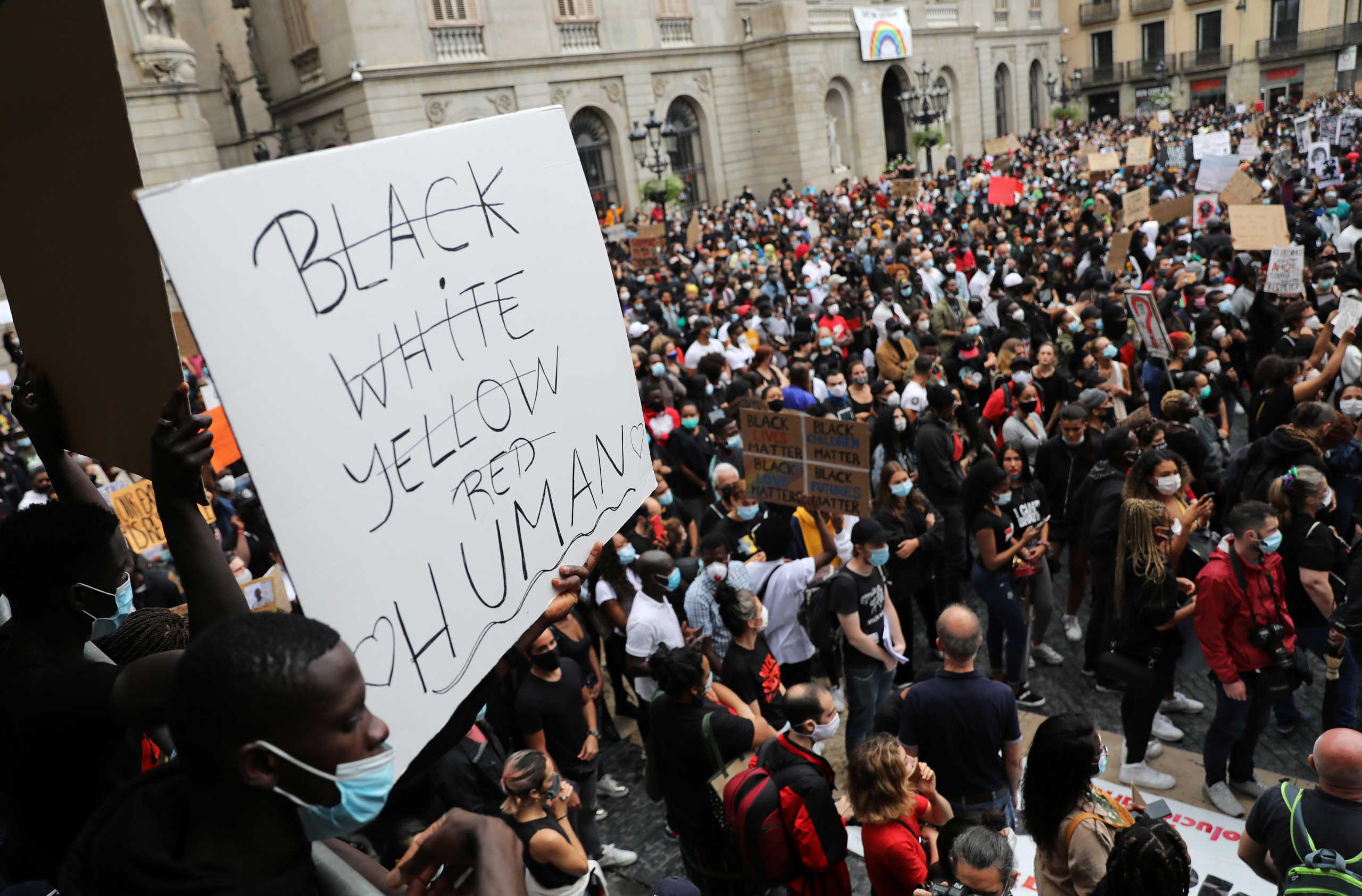 Μεγάλες διαδηλώσεις σε Μαδρίτη και Βαρκελώνη για τον Τζορτζ Φλόιντ (pics)