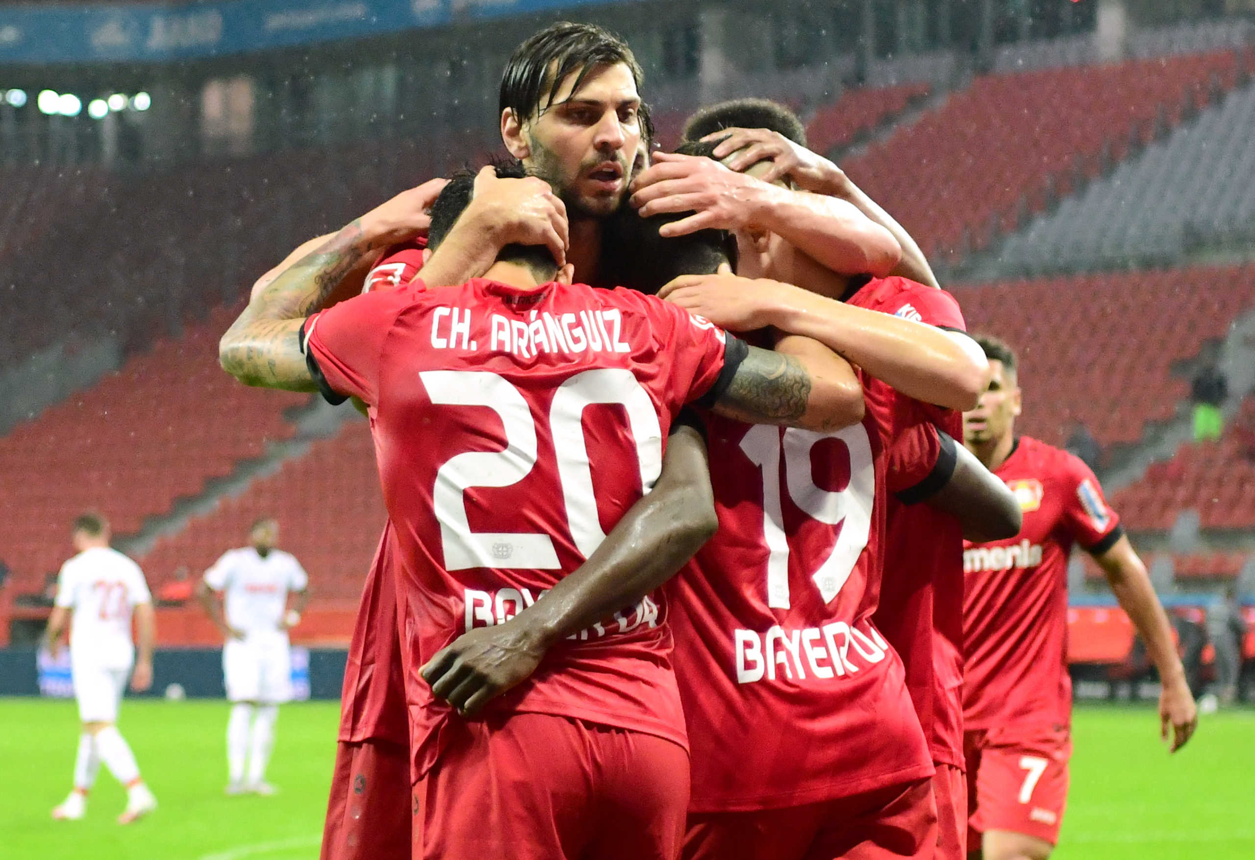 "Bundesliga: ""Αντέχει"" η Λεβερκούζεν για το Champions League – Τα αποτελέσματα και η βαθμολογία (videos)"