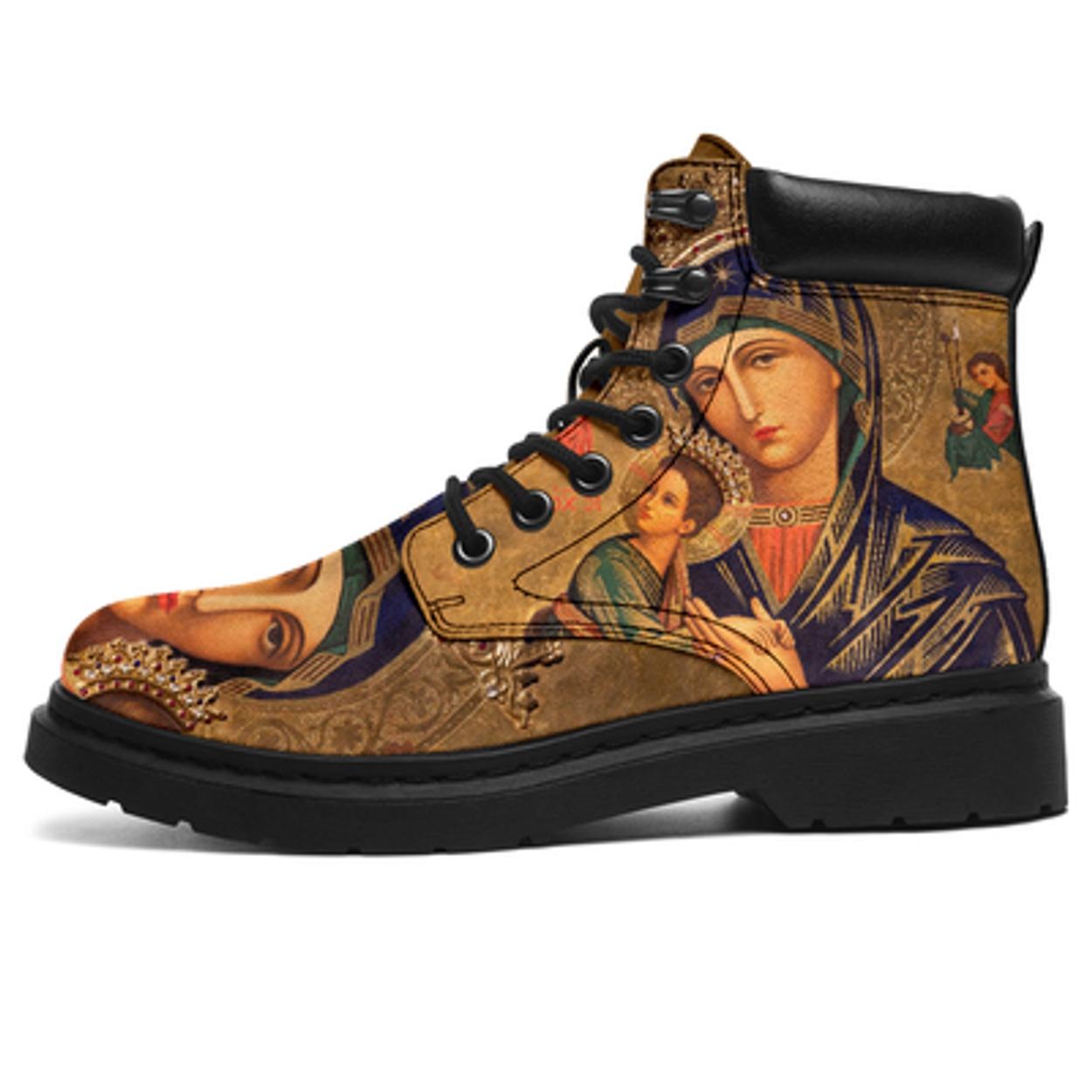 Όσοι πιστοί, φορέστε τα! Μποτάκια με την Παναγία την Οδηγήτρια! (pics)
