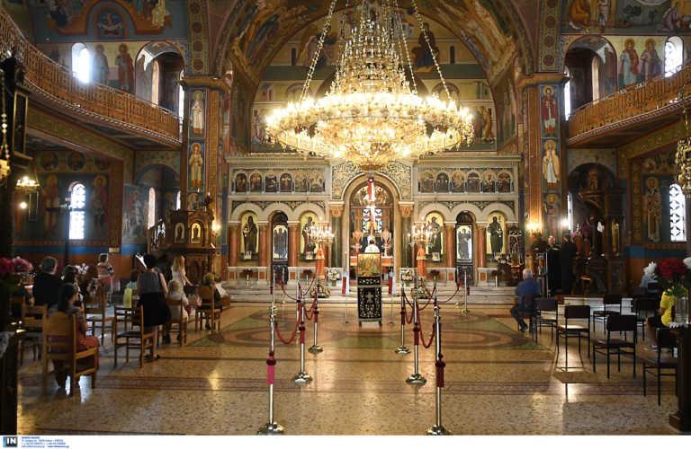 Κρήτη: Συγκλονίζει ο ιερέας που νόσησε από κορονοϊό – «Την ψυχή μας στον Θεό και τα αυτιά μας στον γιατρό»
