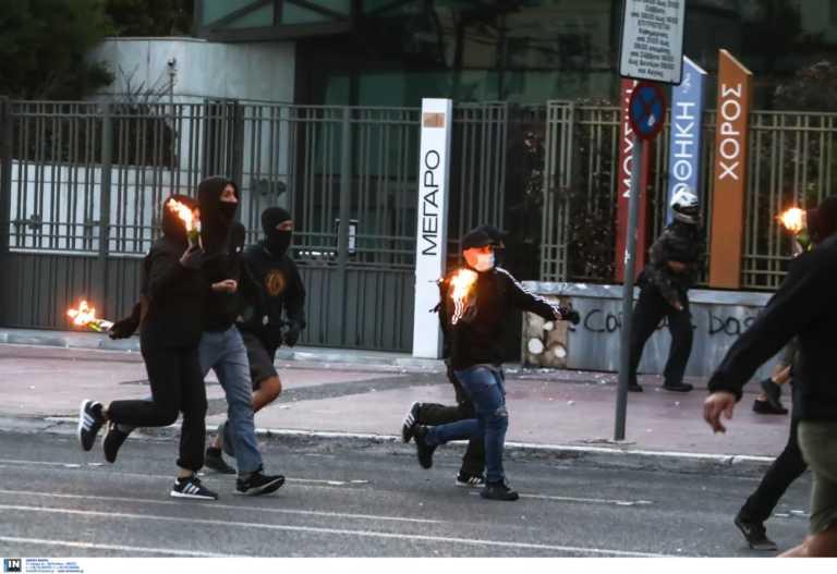 Δίωξη για 4 πλημμελήματα εναντίον των συλληφθέντων στα επεισόδια γύρω από την Αμερικάνικη Πρεσβεία