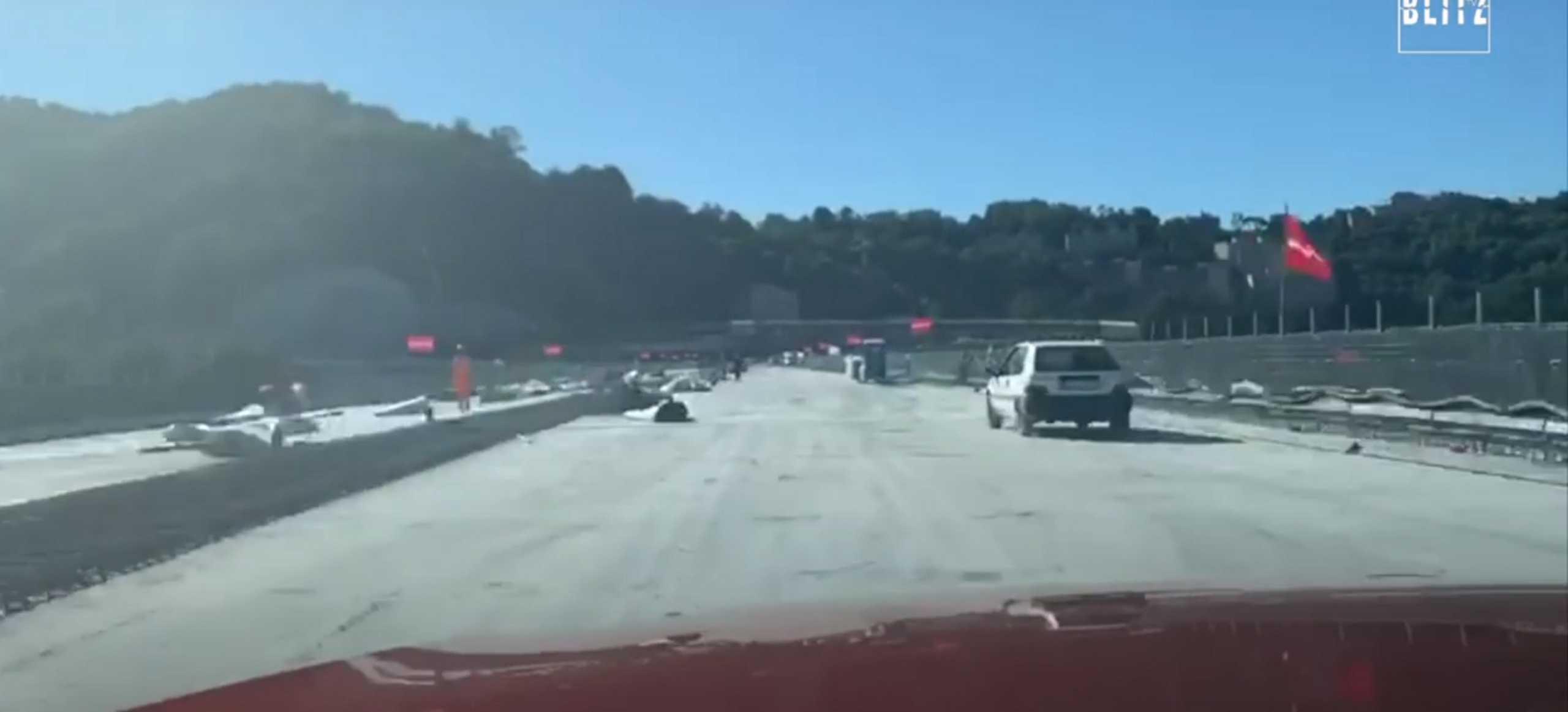 Ιταλία: Επιτυχημένο το πρώτο δοκιμαστικό – Αυτοκίνητο διέσχισε τη νέα γέφυρα της Γένοβας