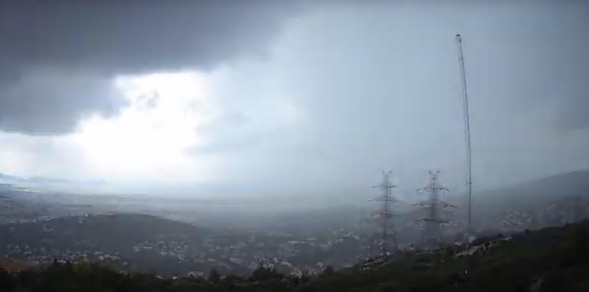 Καιρός: Εντυπωσιακό timelapse video από την σφοδρή καταιγίδα που χτύπησε την Αττική