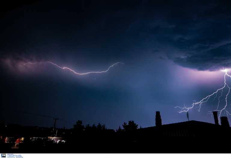 Καιρός σήμερα: Βροχές, καταιγίδες και χαλάζι - Που θα χτυπήσει η νέα κακοκαιρία
