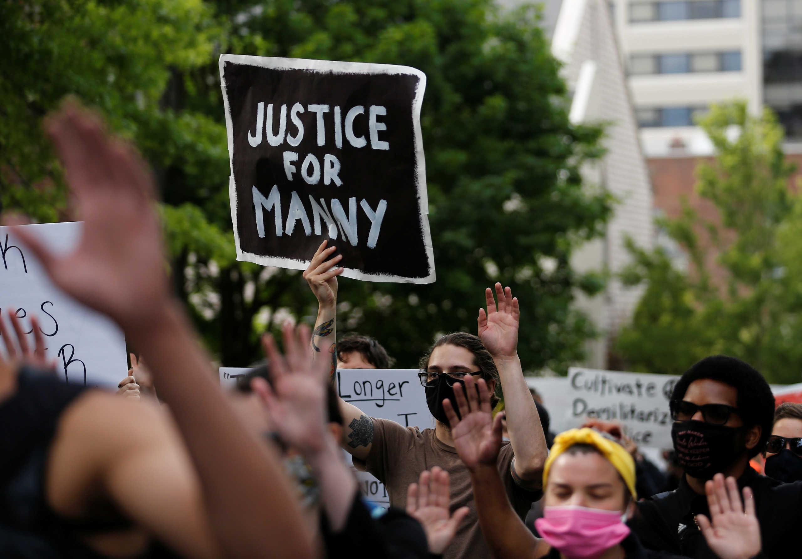Νέα υπόθεση Τζορτζ Φλόιντ στην Ουάσινγκτον – Φώναζε: «Δεν μπορώ να αναπνεύσω» (video)