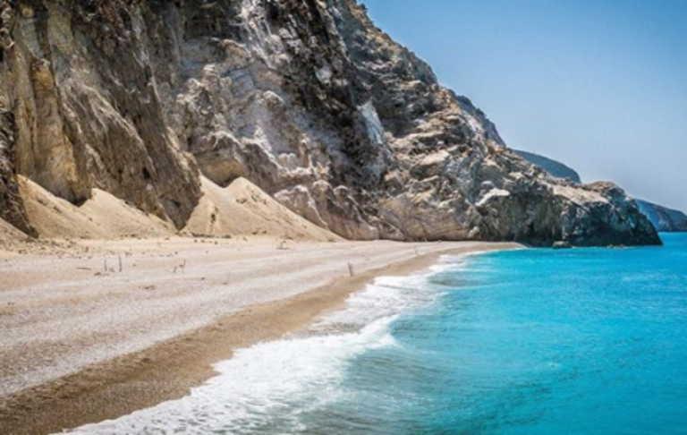 Χανιά: Βούτηξε στη θάλασσα και πέθανε! Πάγωσαν όλοι στην παραλία από τις εικόνες που εκτυλίχθηκαν
