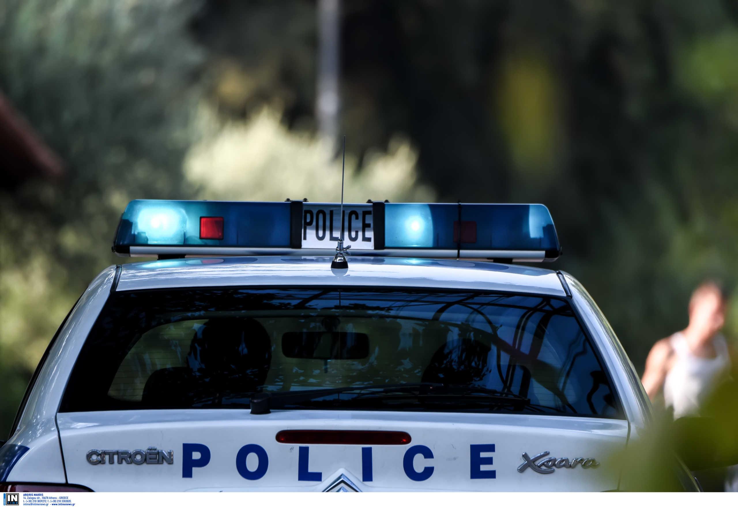Κρατούμενος απέδρασε με τις χειροπέδες από αστυνομικό τμήμα
