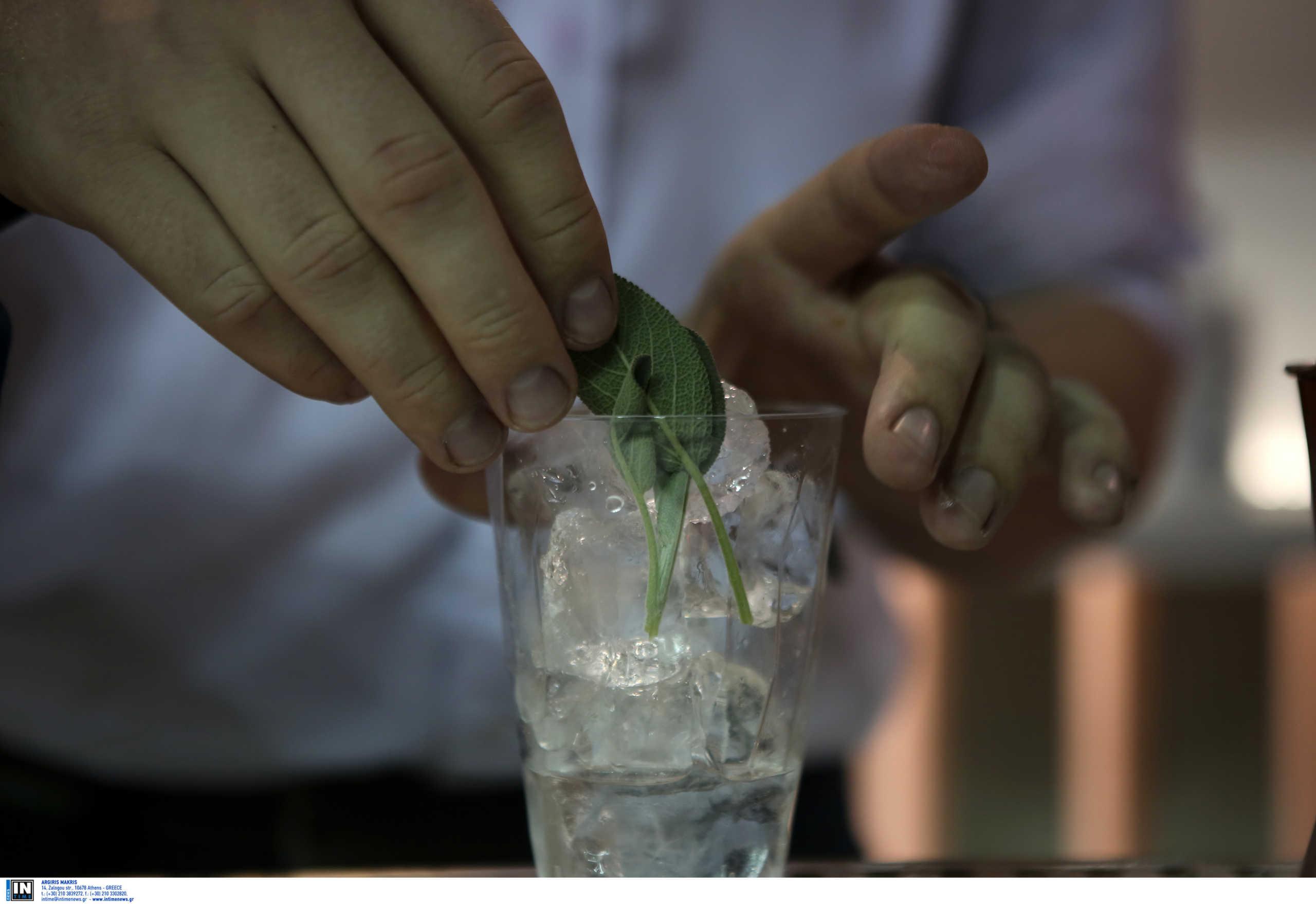 """""""Κόψτε τα… τραπεζώματα και τις τσικουδιές σε σπίτια"""" λέει η διευθύντρια της ΜΕΘ στο Νοσοκομείο Χανίων"""