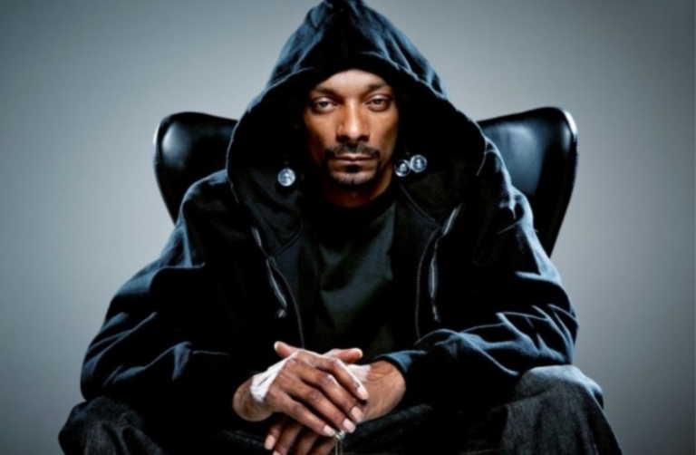 Η εκπληκτική συλλογή αυτοκινήτων του διάσημου ράπερ Snoop Dogg